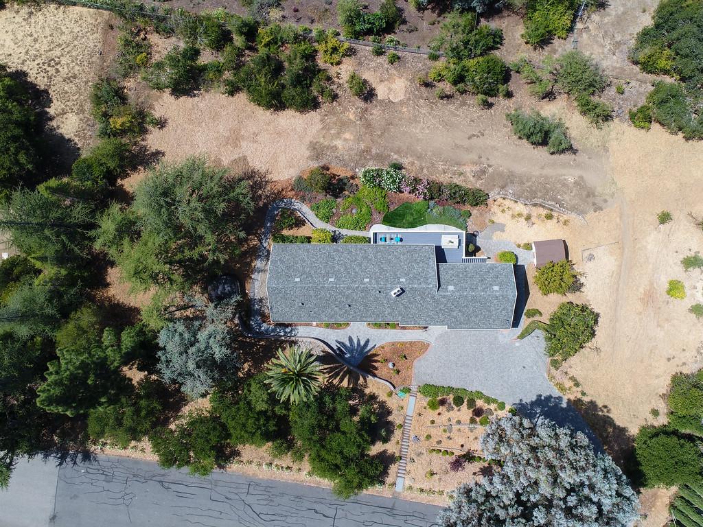 14433 Debell Rd Los Altos Hills Blu Skye Media-0005-XL.jpg