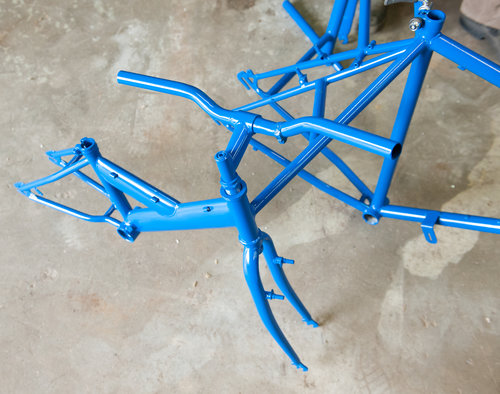 Two+Smiths+-+powder+coating+bike+034.jpg