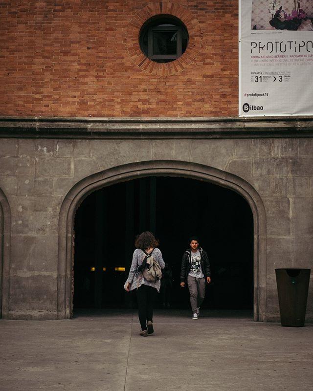"""➳ Passear Bilbao ao acordar 🌅⠀⠀⠀⠀⠀⠀⠀⠀⠀ ✺⠀⠀⠀⠀⠀⠀⠀⠀⠀ Não sabes para onde ir? Regra de ouro """"Não penses duas vezes!"""". Resultado: 12 horas de autocarro que valem a pena e uma experiência de @couchsurfing que te deixa surpreendido. Que cidade fantástica. Queres ver mais?⠀⠀⠀⠀⠀⠀⠀⠀⠀ ✺⠀⠀⠀⠀⠀⠀⠀⠀⠀ A melhor forma de passar os próximos segundos: envia um Olá! E talvez um comentário! @viajaradois.oficial Vais seguir?⠀⠀⠀⠀⠀⠀⠀⠀⠀ ✺⠀⠀⠀⠀⠀⠀⠀⠀⠀ #livefolk #theoutbound #passionpassport⠀⠀⠀⠀⠀⠀⠀⠀⠀ #worldtravelbook #exploretocreate #peoplescreatives⠀⠀⠀⠀⠀⠀⠀⠀⠀ #justgoshoot #2instagoodportraitlove #instagoodmyphoto #lifeofadventure #BestVacations #monoart_"""
