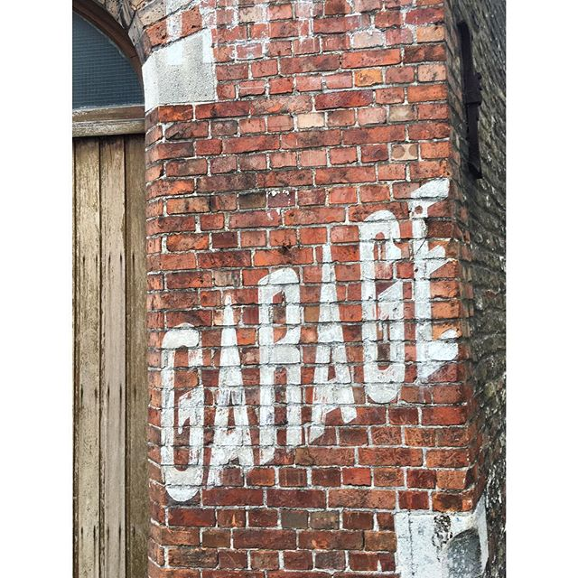 Garage #design #everydaytype #type #typography #lettering