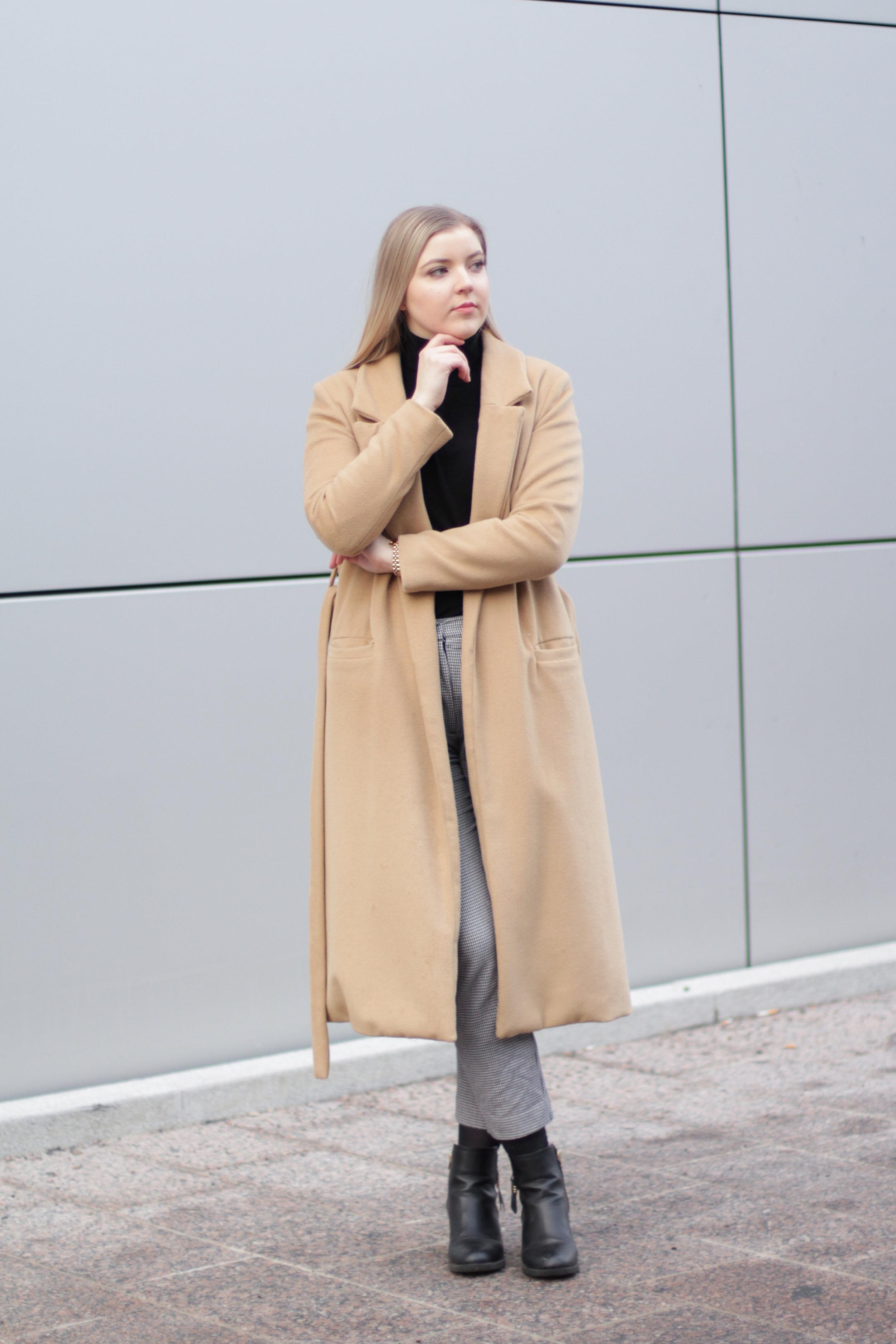 Camel coat (27).jpg