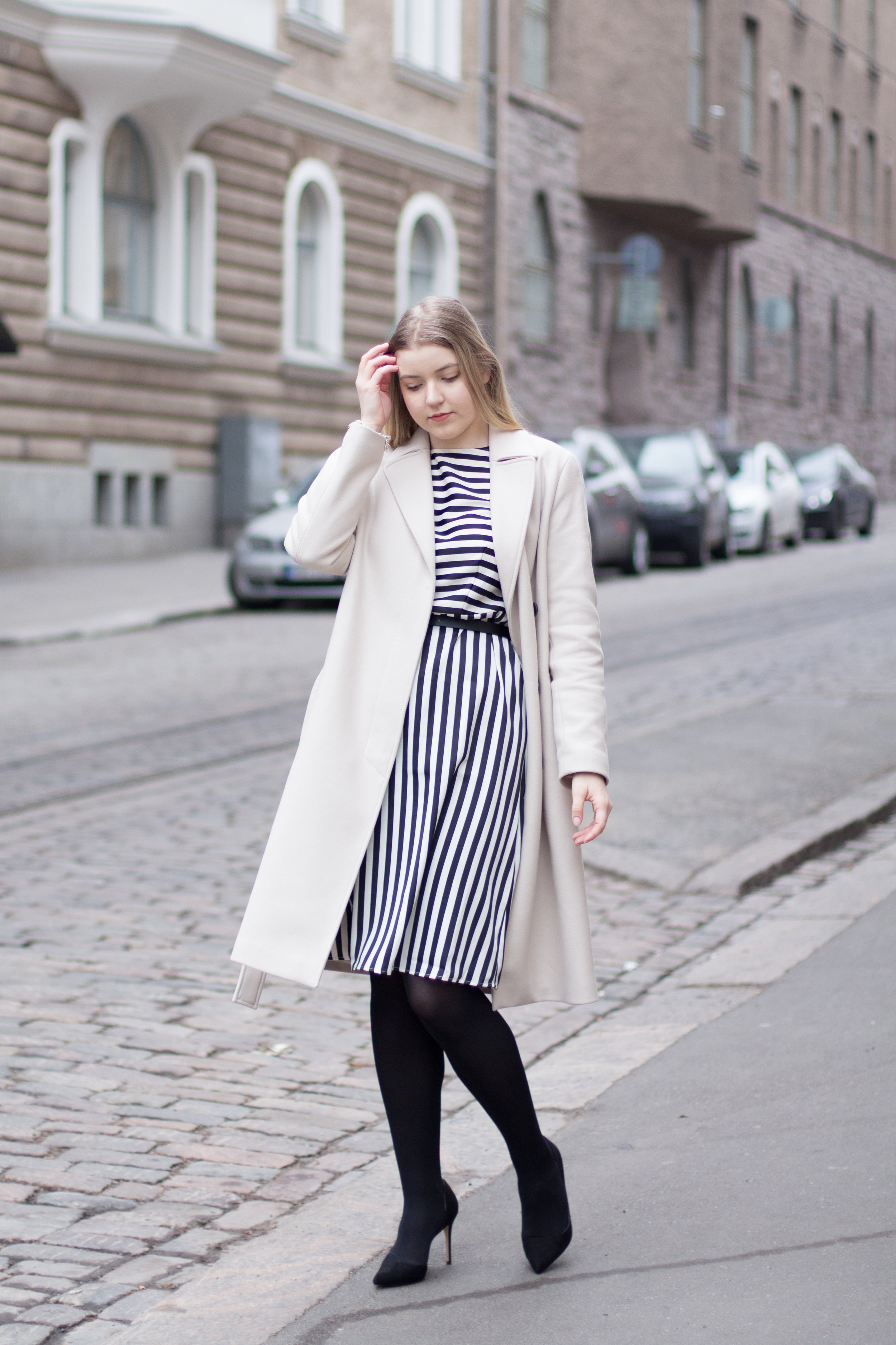 black and white dress (3 of 13).jpg