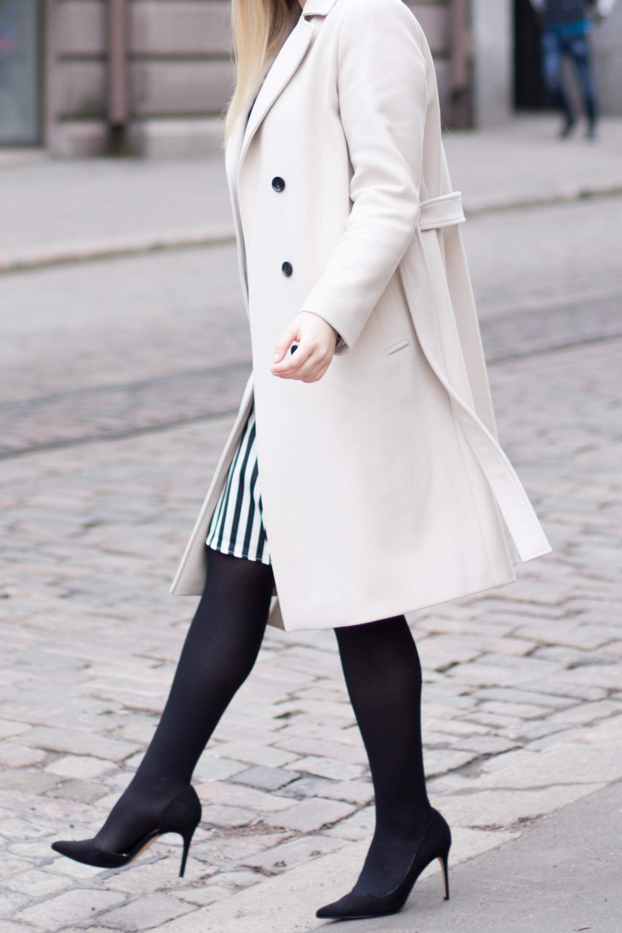 black and white dress (6 of 13).jpg