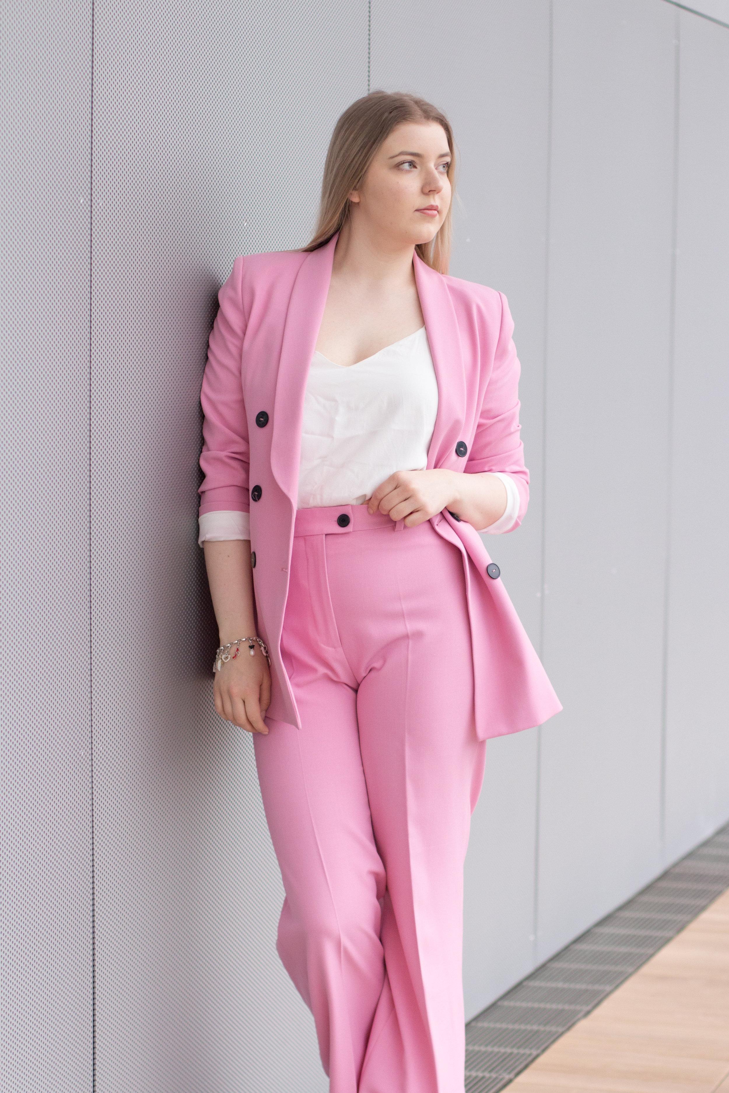 Barbie suit (2 of 18).jpg