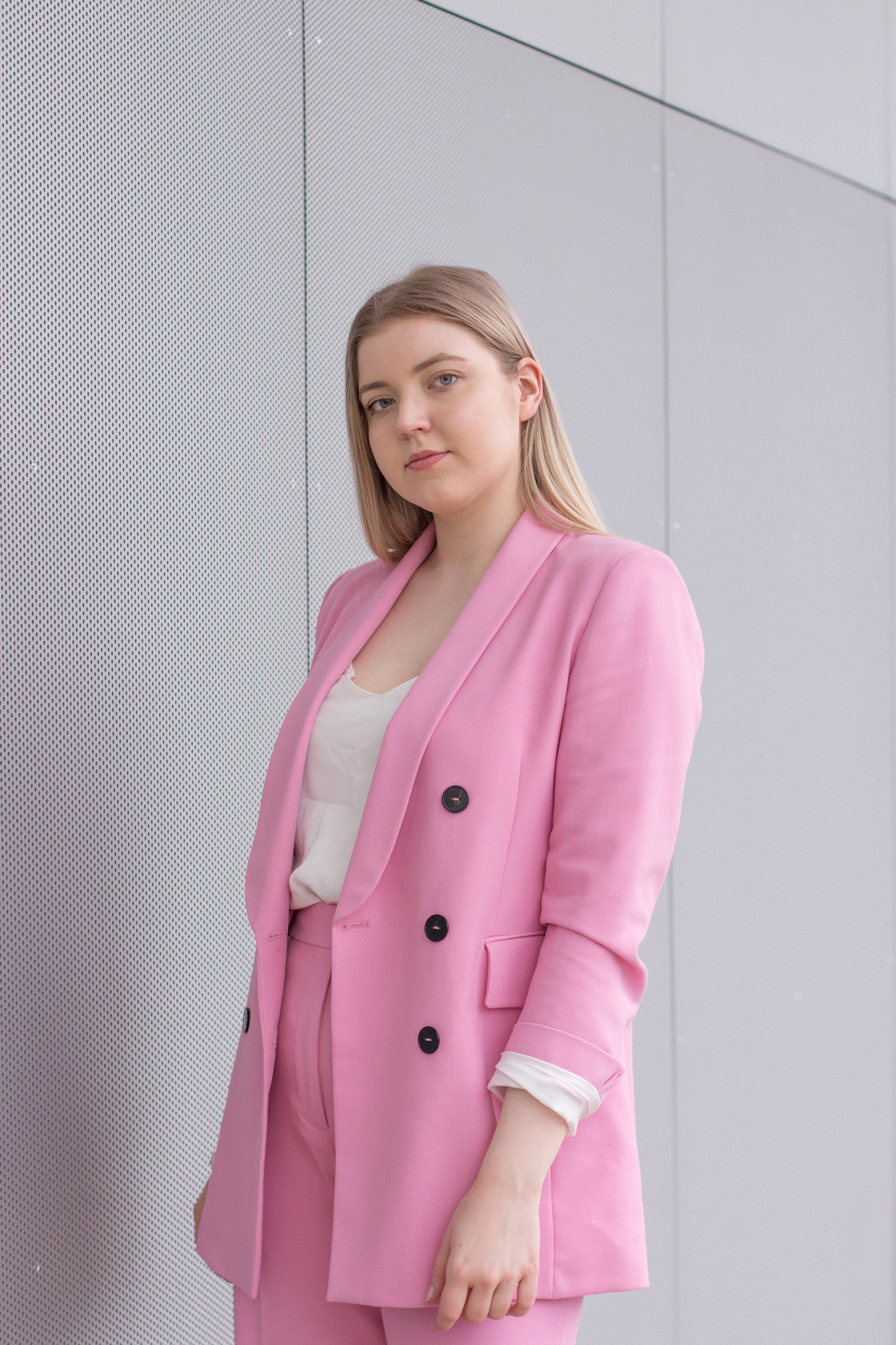 Barbie suit (18 of 18).jpg
