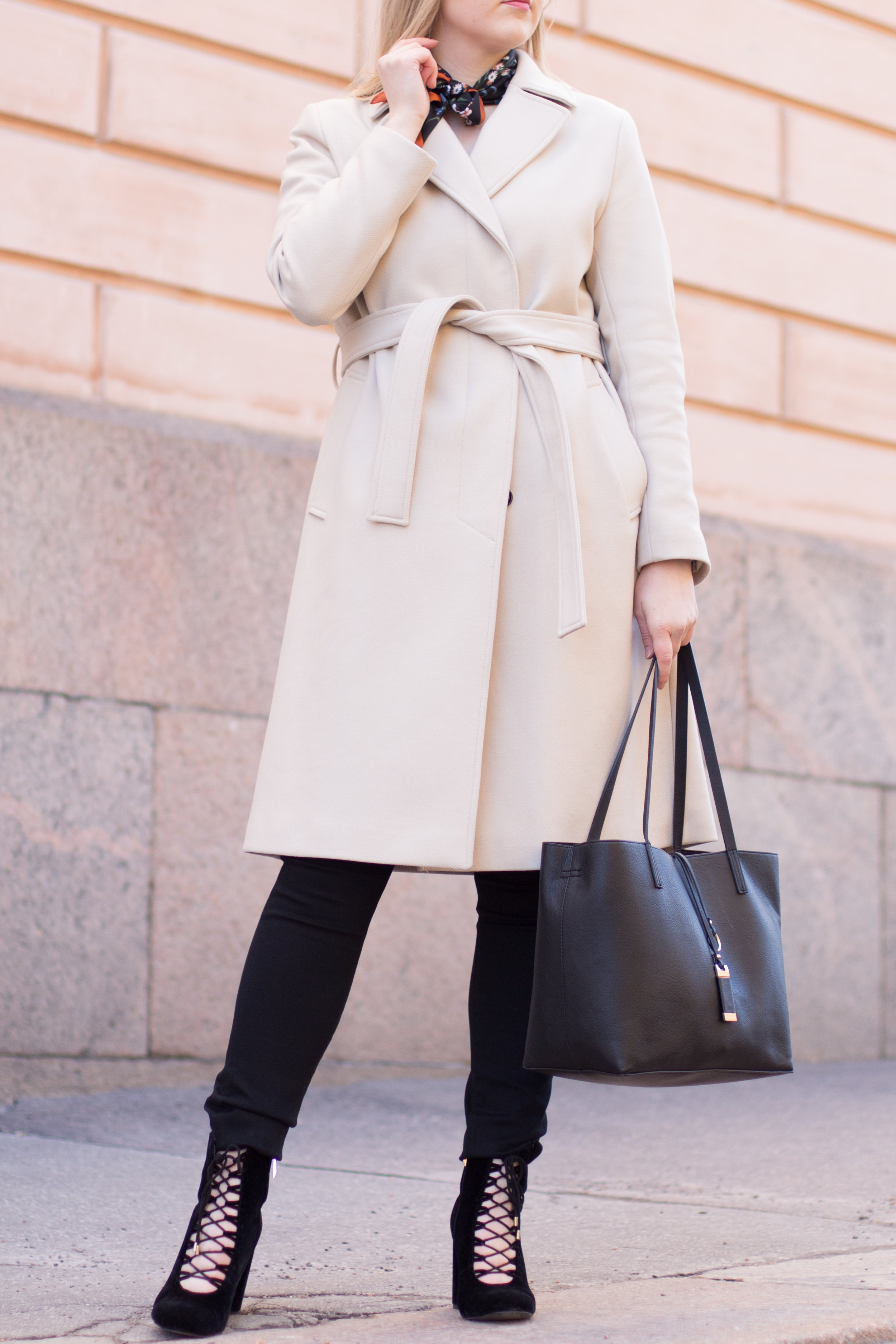 Nude coat (10 of 29).jpg