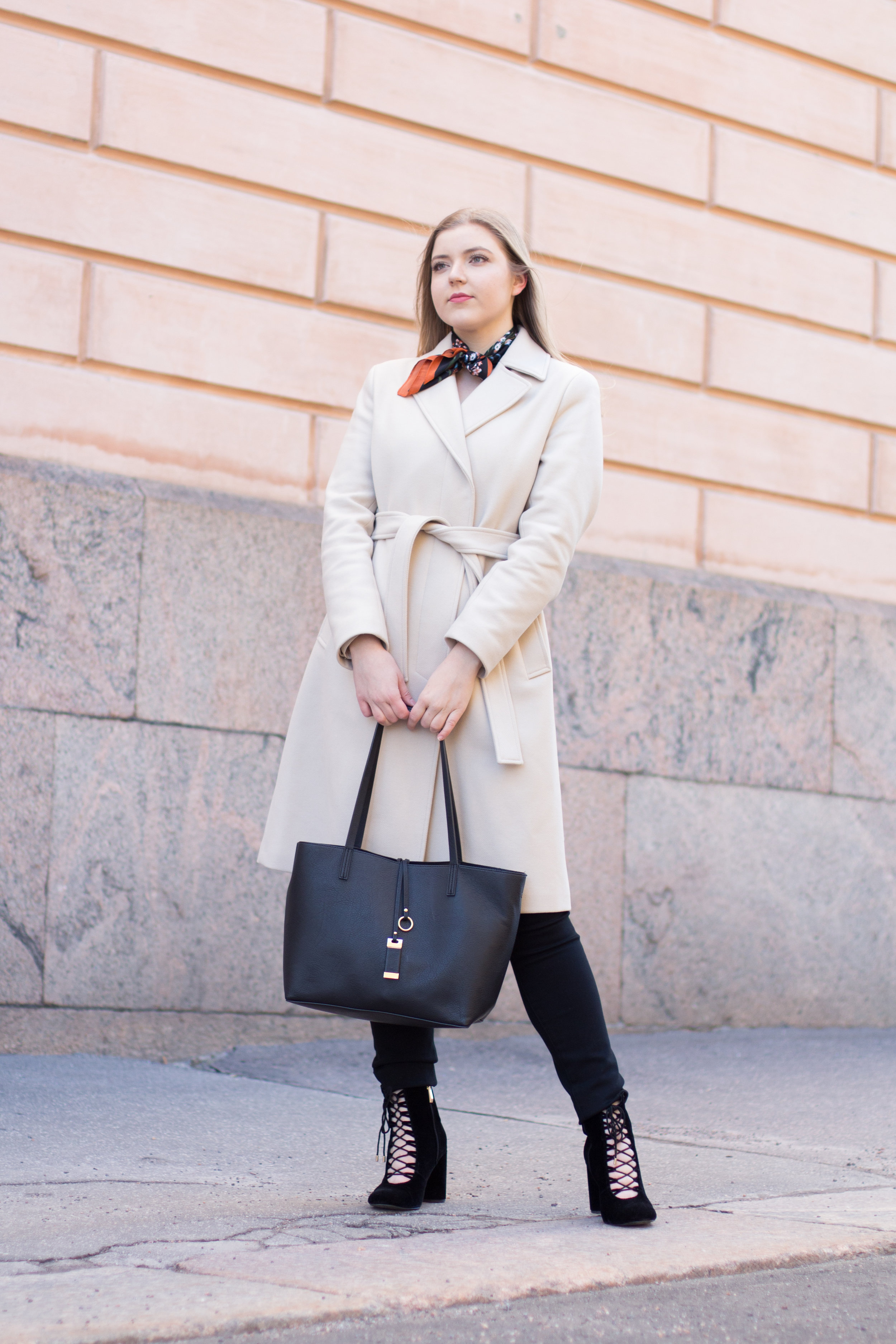 Nude coat (13 of 29).jpg