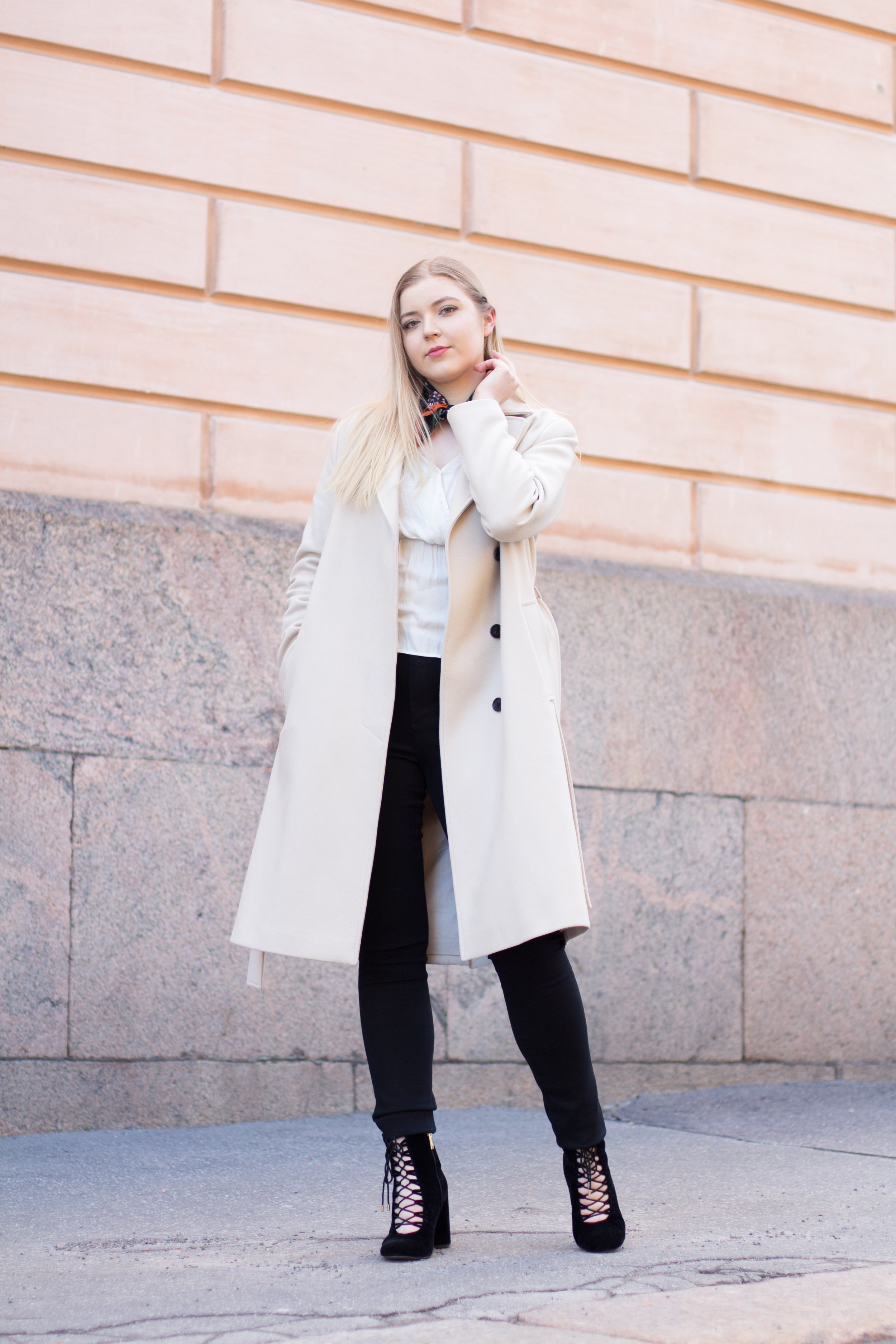 Nude coat (27 of 29).jpg