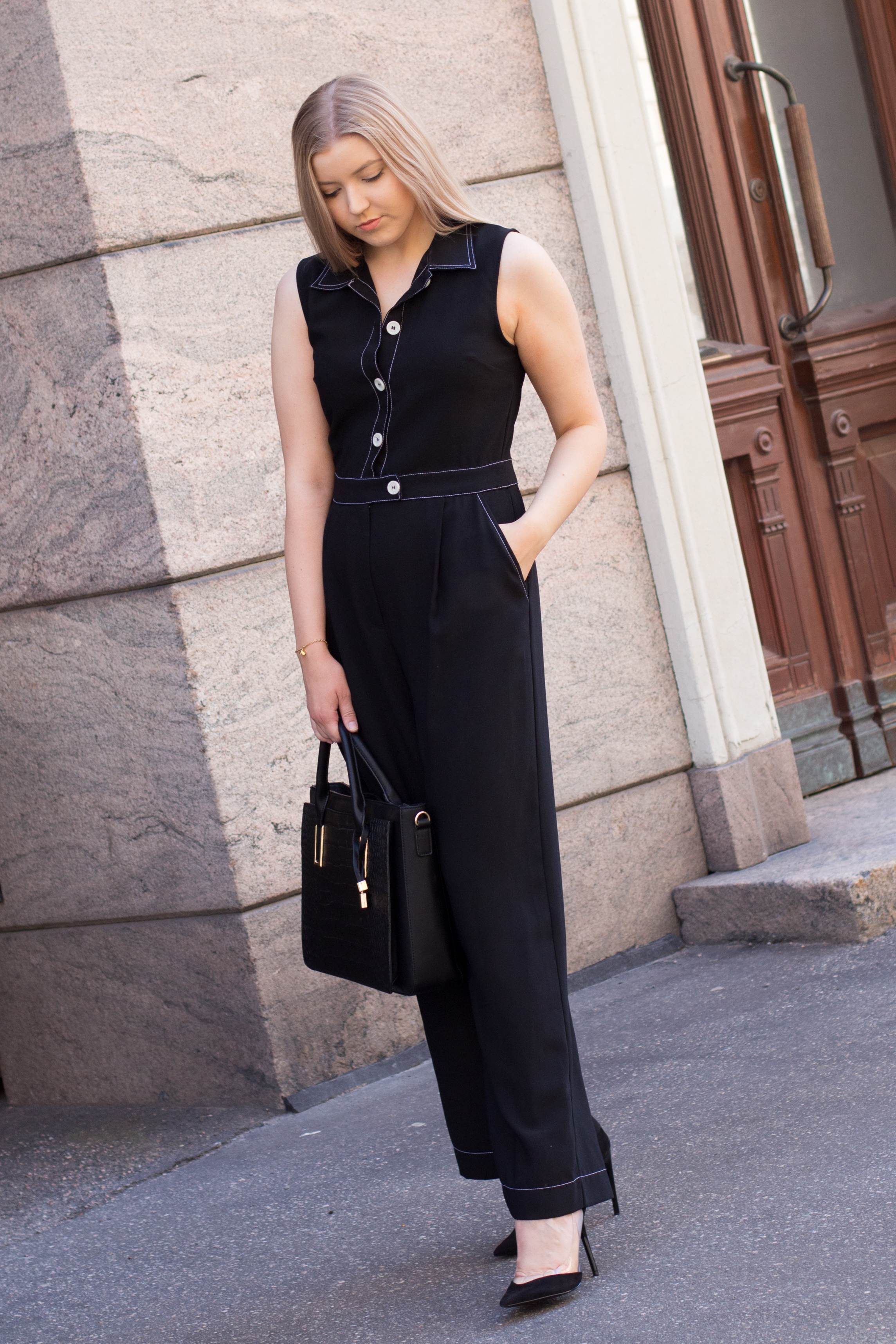 Black pantsuit (18 of 24).jpg