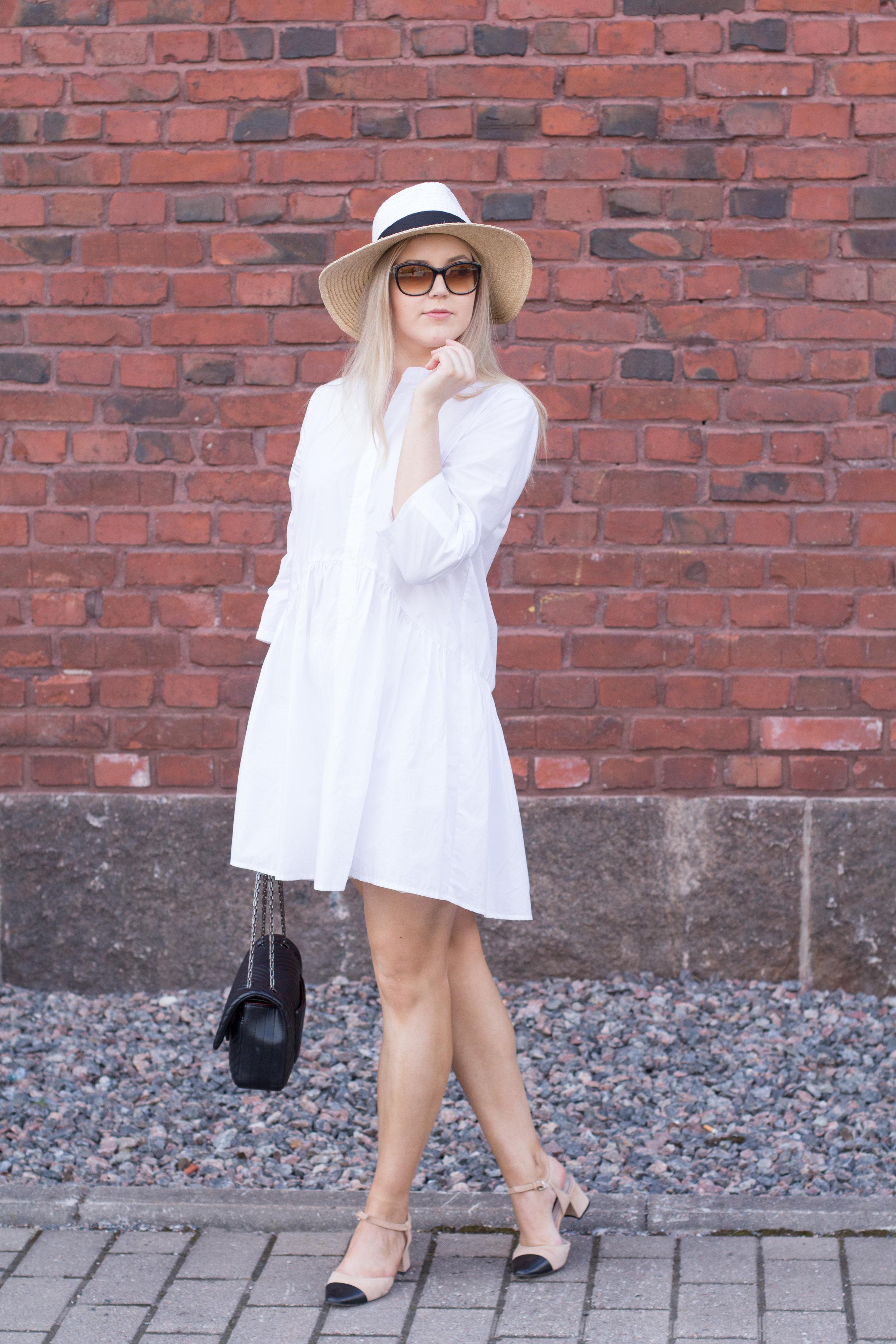 White summer dress outfit3.jpg