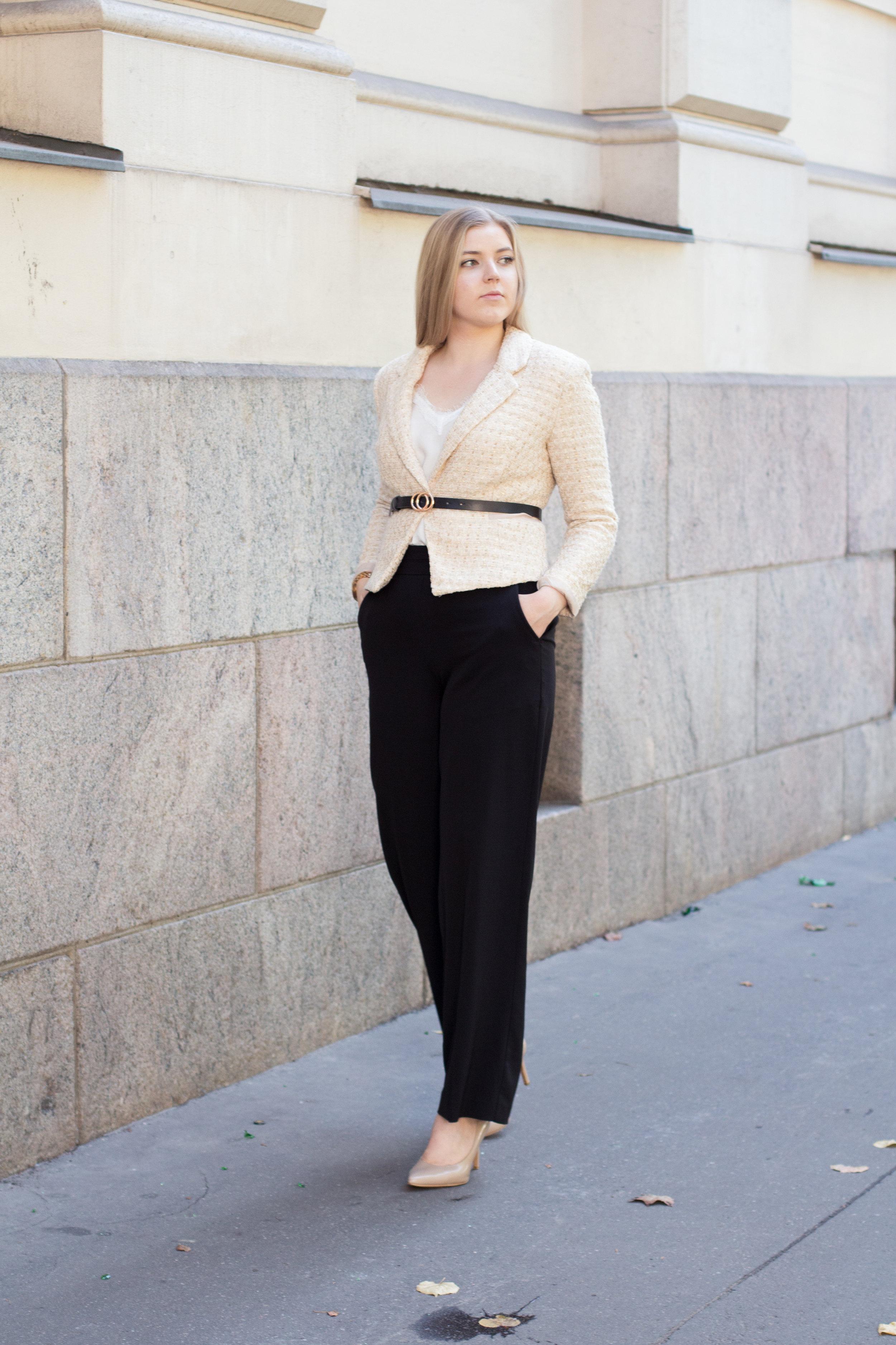 Chanel blazer (9 of 31).jpg