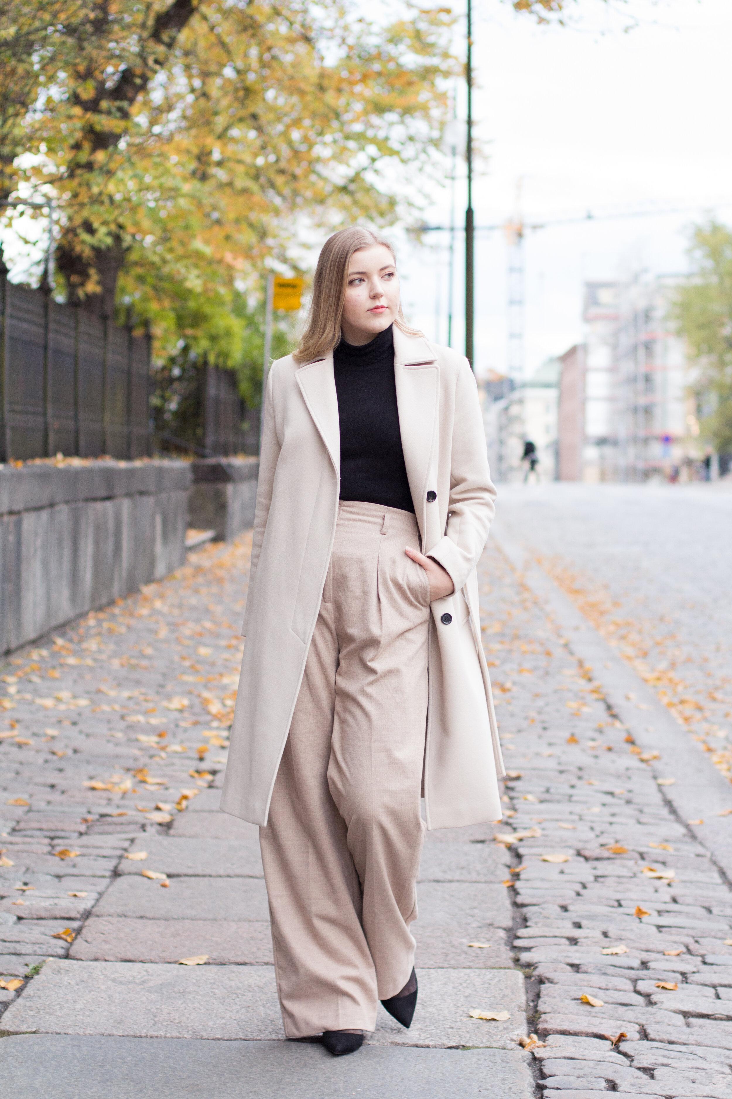 Beige outfit girl walking street.jpg