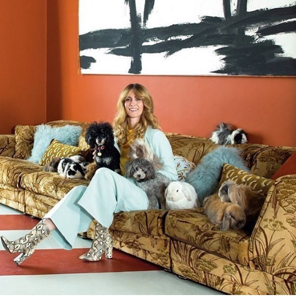 New favourite account for fashion, interiors and good old fashioned retro cool style @whinniewilliams and the best print designs from @poodleandblonde  #style #interiors #interiordesigner #print #printdesign #colour #fashion #allroundbeauty .
