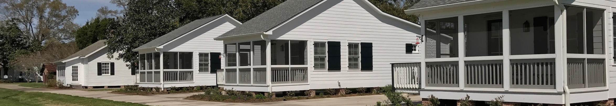 cottage_exterior_banner_0.jpg