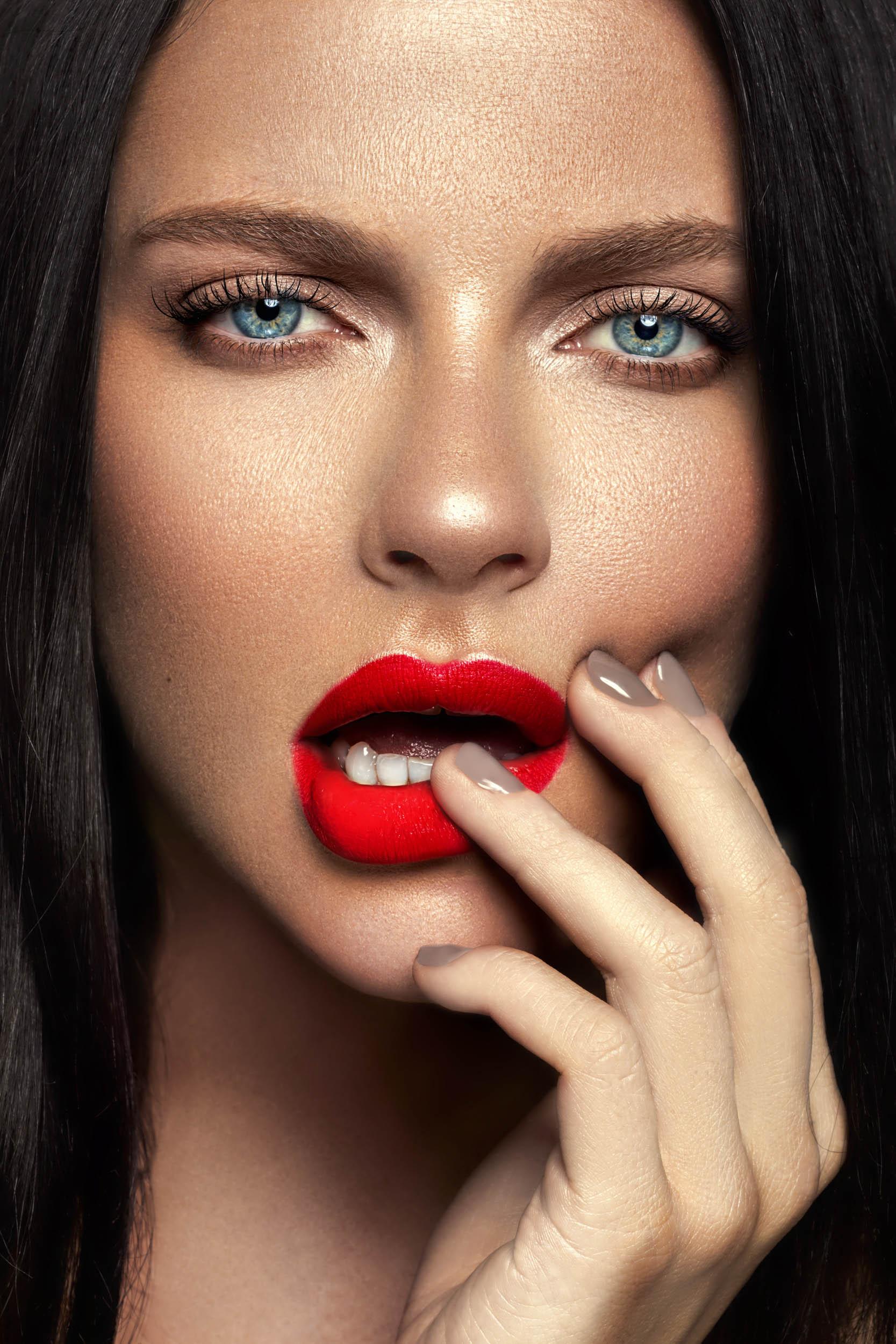 Beauty - Desiree Thomas-1.jpg
