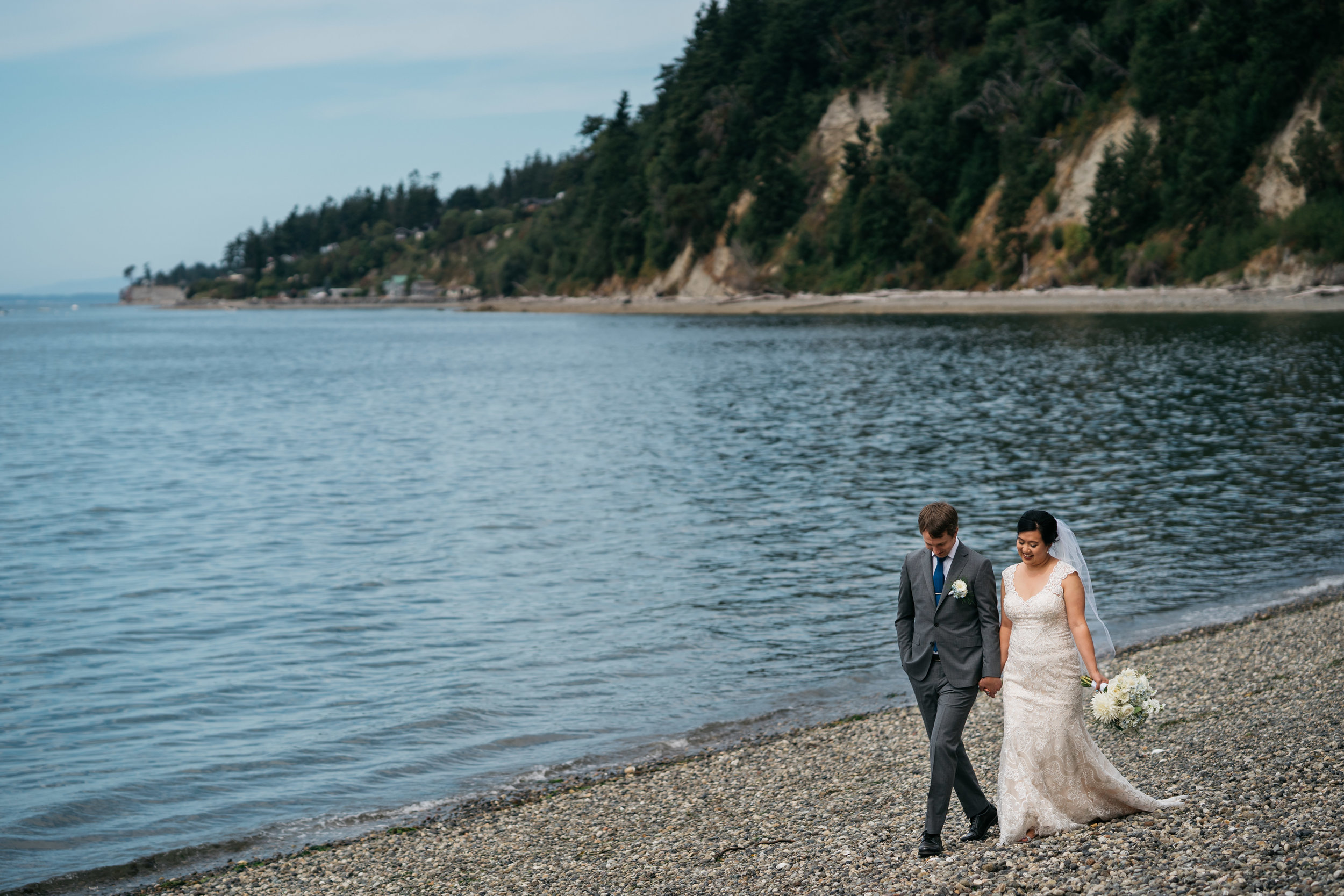 Camano-Island-Cama-Beach-Wedding (12).jpg