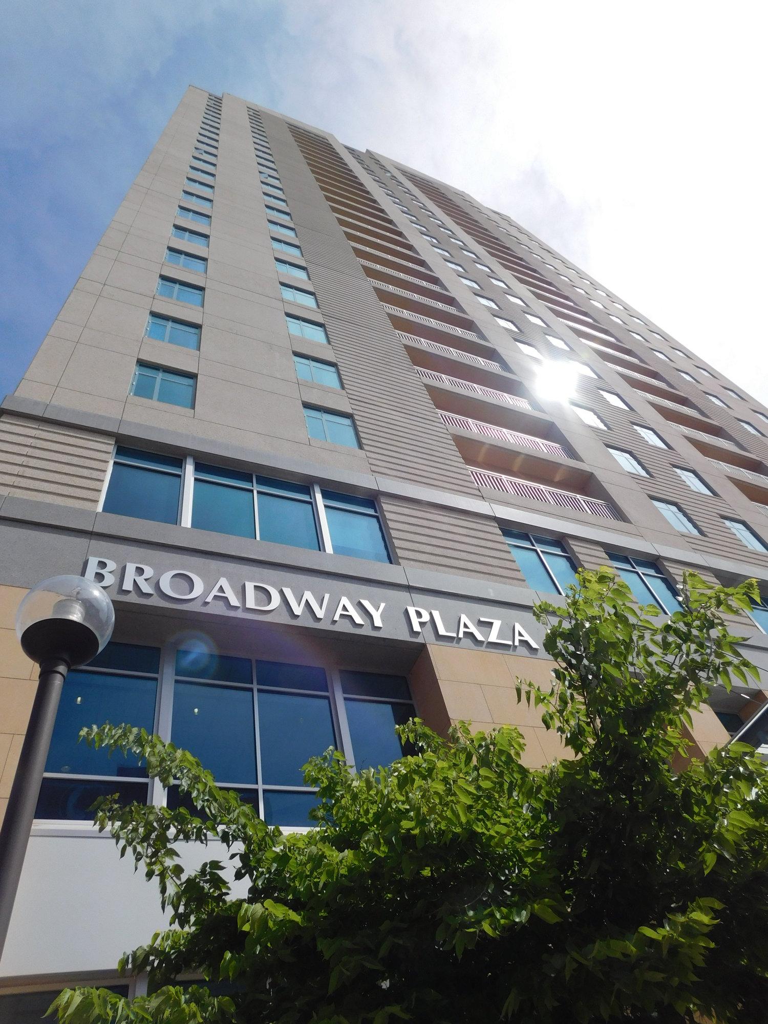 Broadway Plaza — About Broadway Plaza - Mayo Clinic