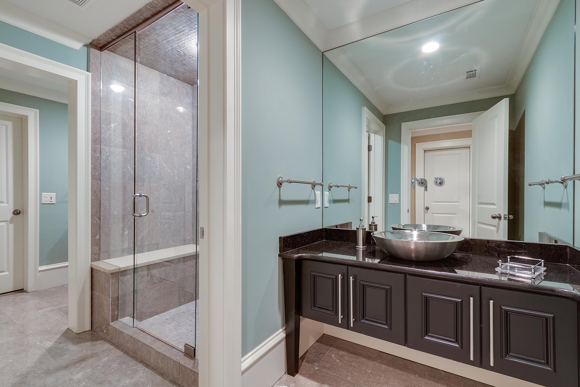 T-JacknJill Bath-019.jpg