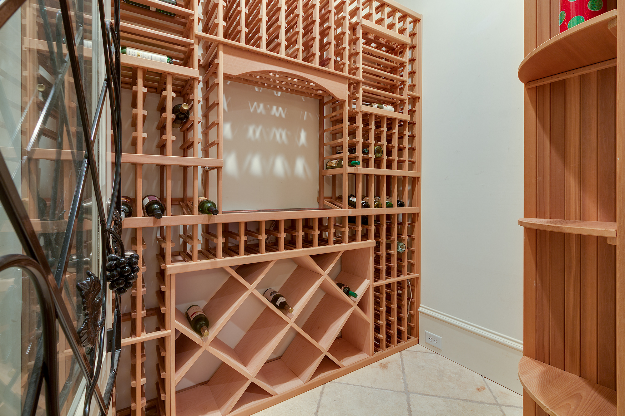 Wine Cellar-010.jpg