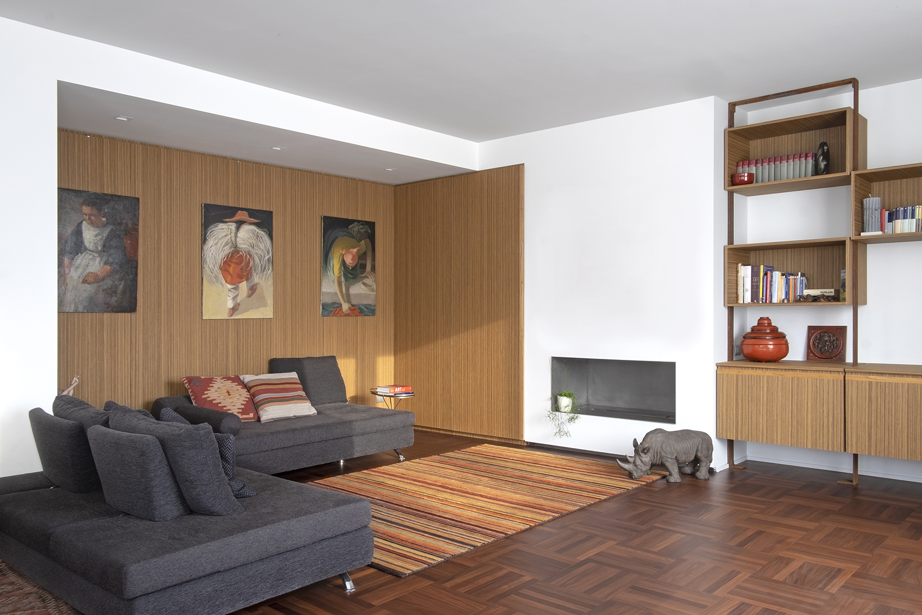 Tosio Street Apartment