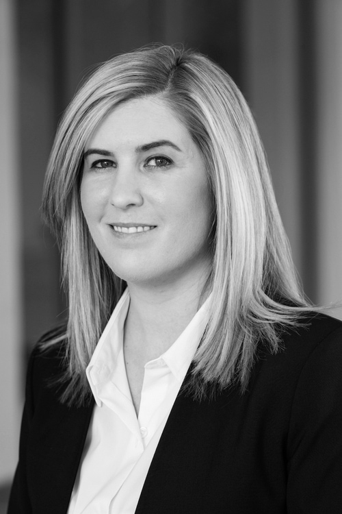 Siobhan Conwell  CORPORATE & Real Estate Transactions