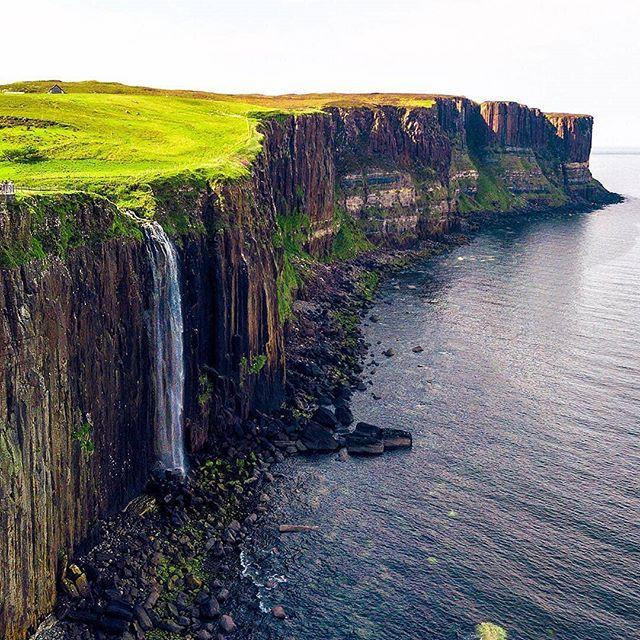 The coolest waterfall in Scotland ||📸 : @whereisdaniil