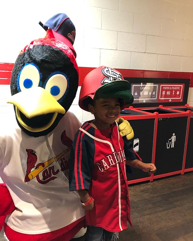Last Friday, Miss Ka'layah got to throw out the first pitch at the Cardinals VS. Rockies game! ⚾️ She did a fabulous job representing QOPC and we had so much fun cheering her on! This is a once in a lifetime kind of experience and it's all thanks to the Catholic Charities of St. Louis fundraiser, Go To Bat For Kids! Go To Bat For Kids occurs annually and provides the opportunity for the first pitch family and friends, supporters, and representatives of the agency to attend the game as well! Check out these adorable snapshots we got! It doesn't get much better than a Cardinals win and being able to give a child an unforgettable experience! ❤️