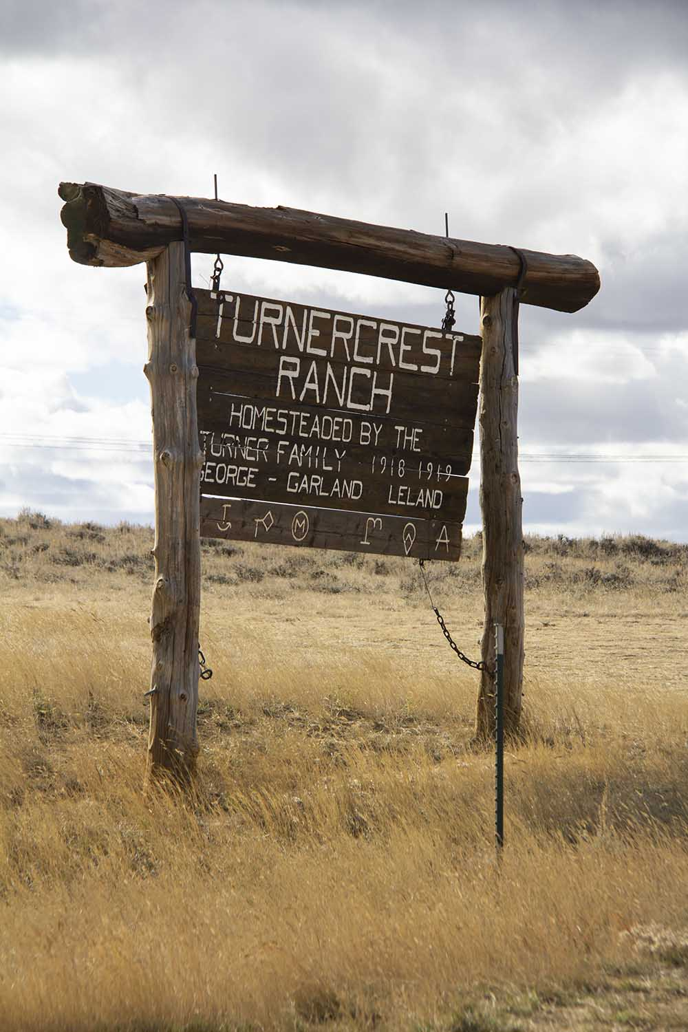 turnercrest_ranch_sign.jpg