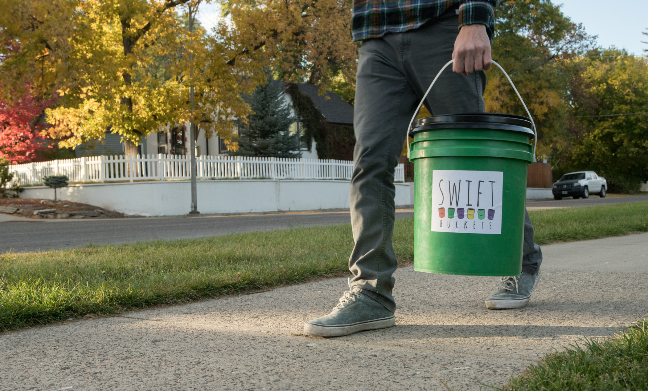 Swift Buckets is a food waste service that allows customers to buy and give back to the soil.