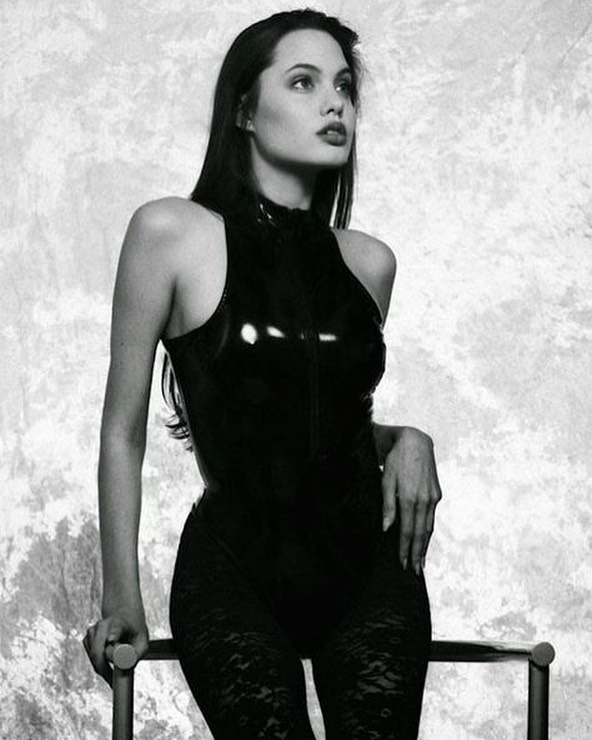 because it's #humpday, and as we make some big exciting changes over at #quim HQ we gotta remember where we came from (aka endless photos of #angelinajolie as core #content). #quim #youknow