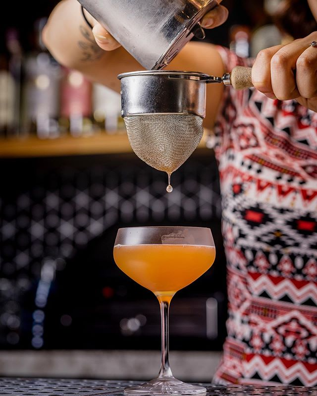 If this isn't cocktail-sipping-on-the-patio weather, I'm not sure what is. Join us starting at 4pm for cocktails and happy hour on our front patio. ☀️🍹 #KaiyoSF #Nikkei #PeruvianFood #JapaneseFood #cocktails #JapanesePeruvian #ComingSoon #whisky #craftcocktails #drinks #SF #MarinaDistrict #Bar #7x7 #SFRestaurants #sfbayarea #Thrillist #BayAreaEats #drinkporn #SFGuide #instafood #instadrink #cocktailporn #foodgasm #drinkstagram #pisco #scotch #rhum #angosturabitters #cocktailsofinstagram