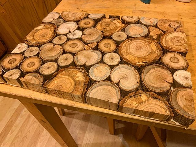 Monday evening home-decor project.  #lumberjackdecor