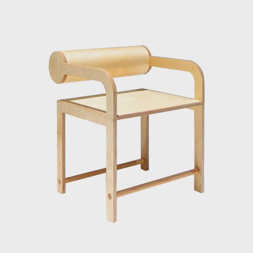 Waka-Waka-Cylinder-Chair.jpg