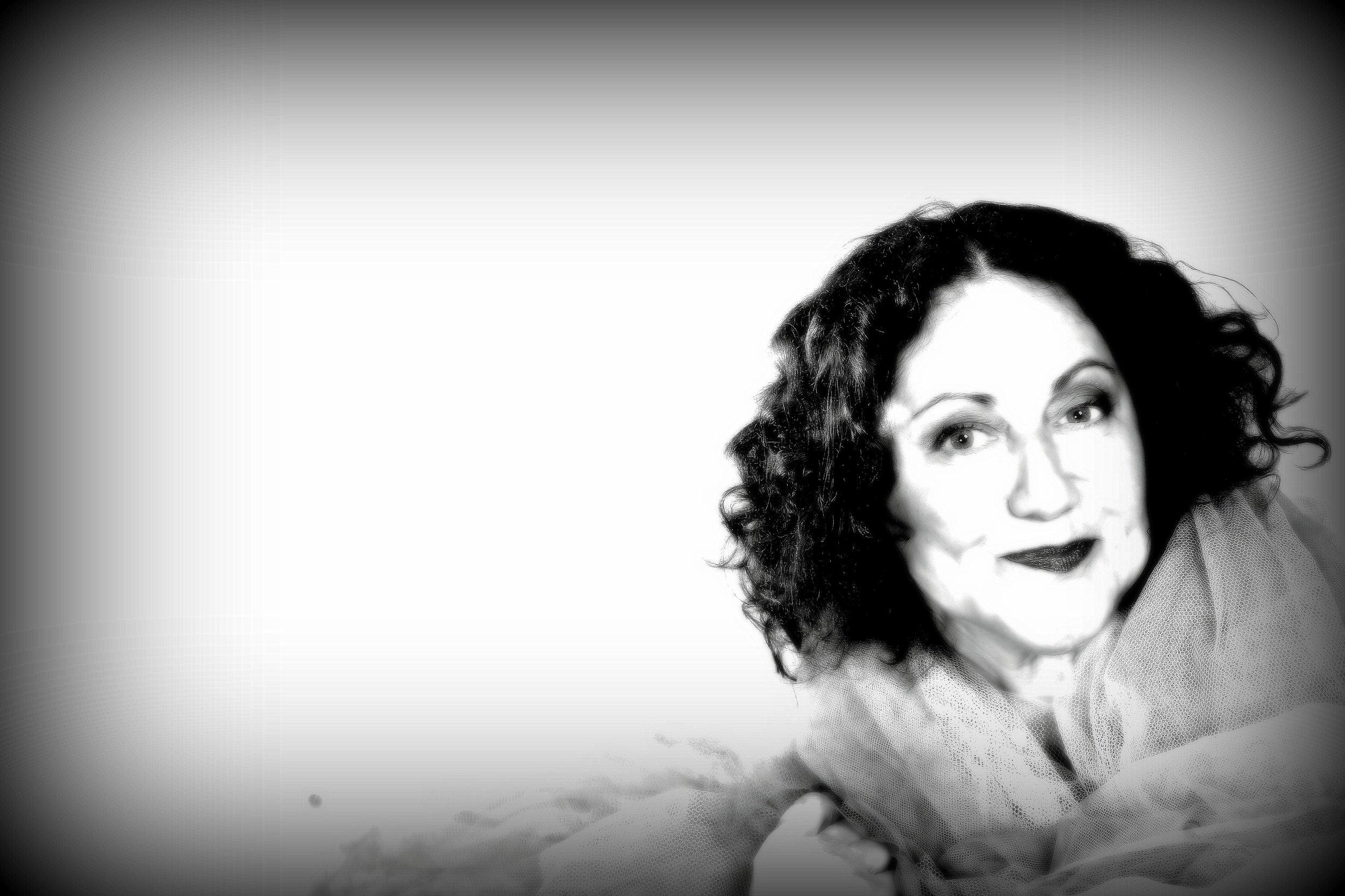 Rachel Berger -Australian comedian on humour in a bank queue