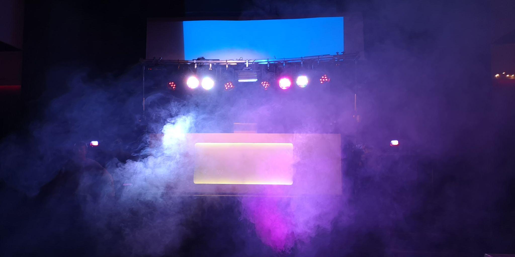 Drive-in-show-05.jpg