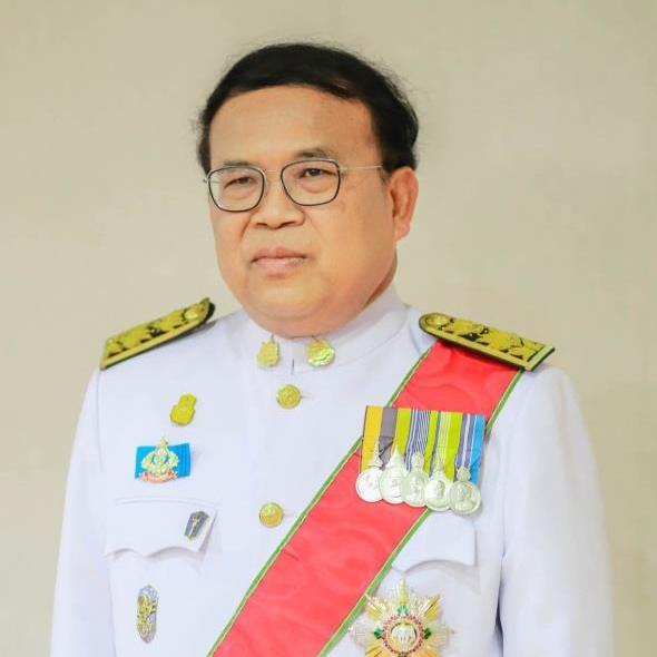 Dr. Wijarn Simachaya2.jpg