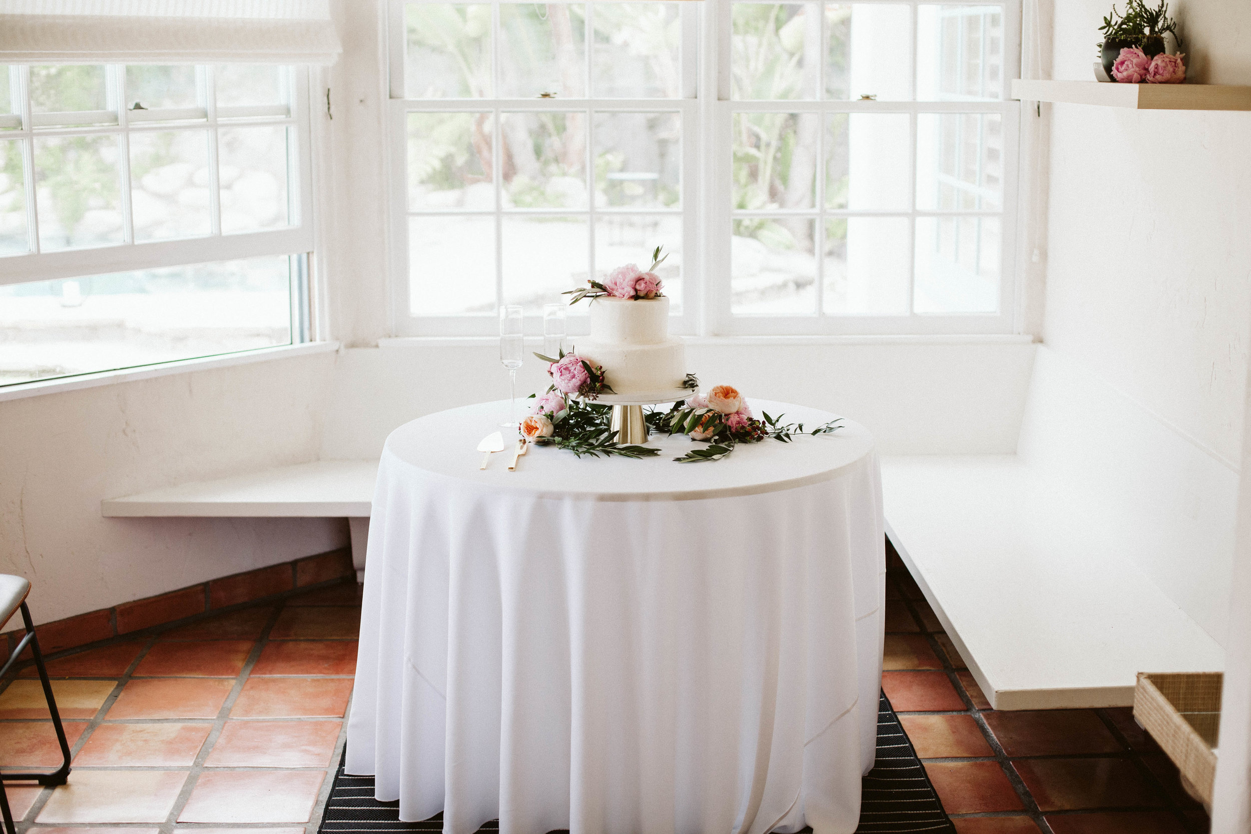 Tessa & Xavier's cake-Photo: Jessica Caballero Photo
