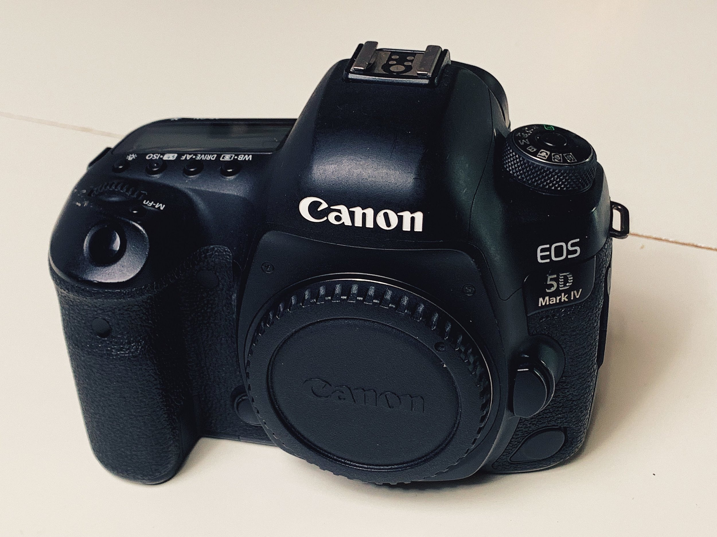 canon5d4_bomba_01.JPG