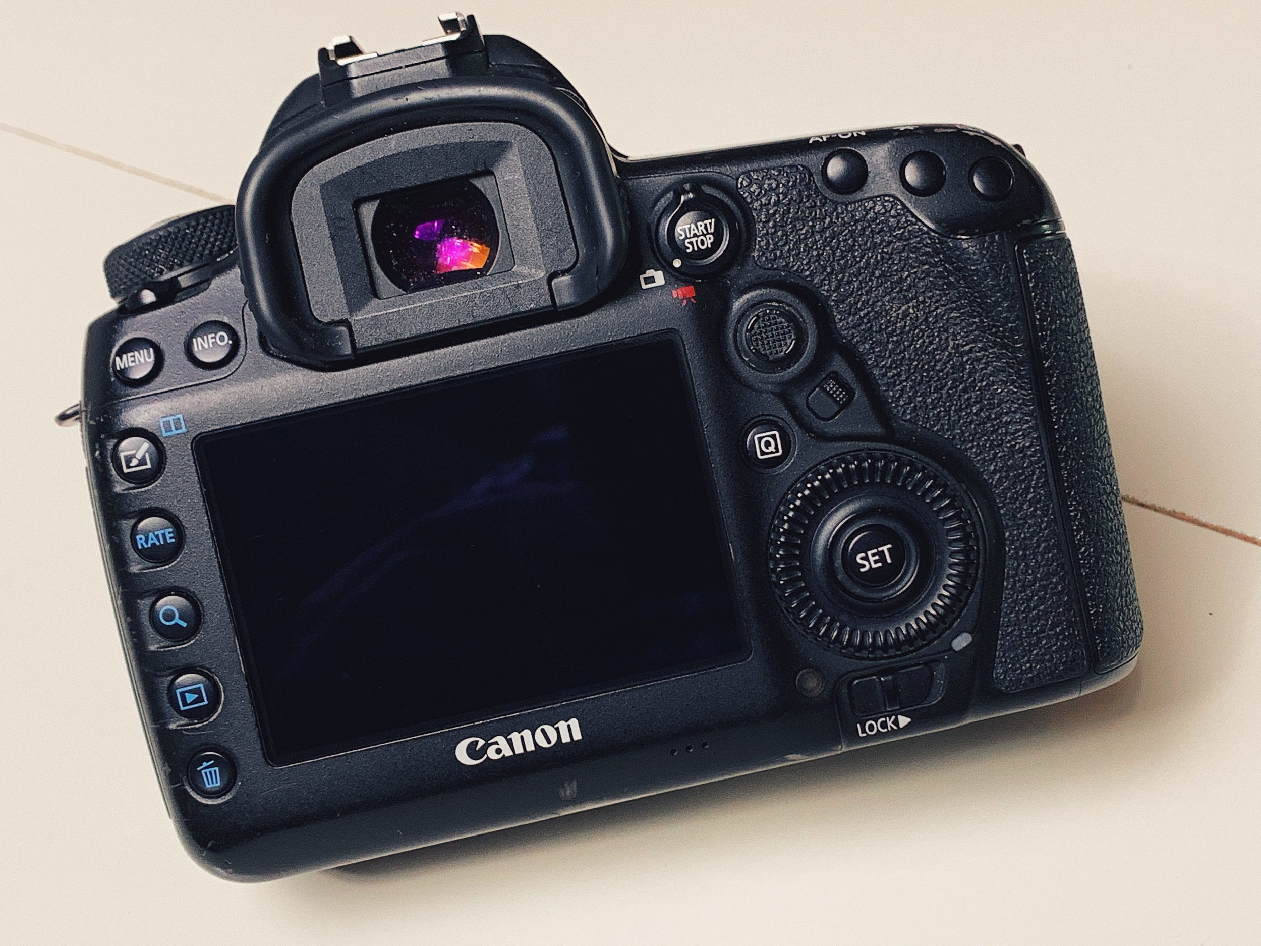 canon5d4_bomba_05.JPG
