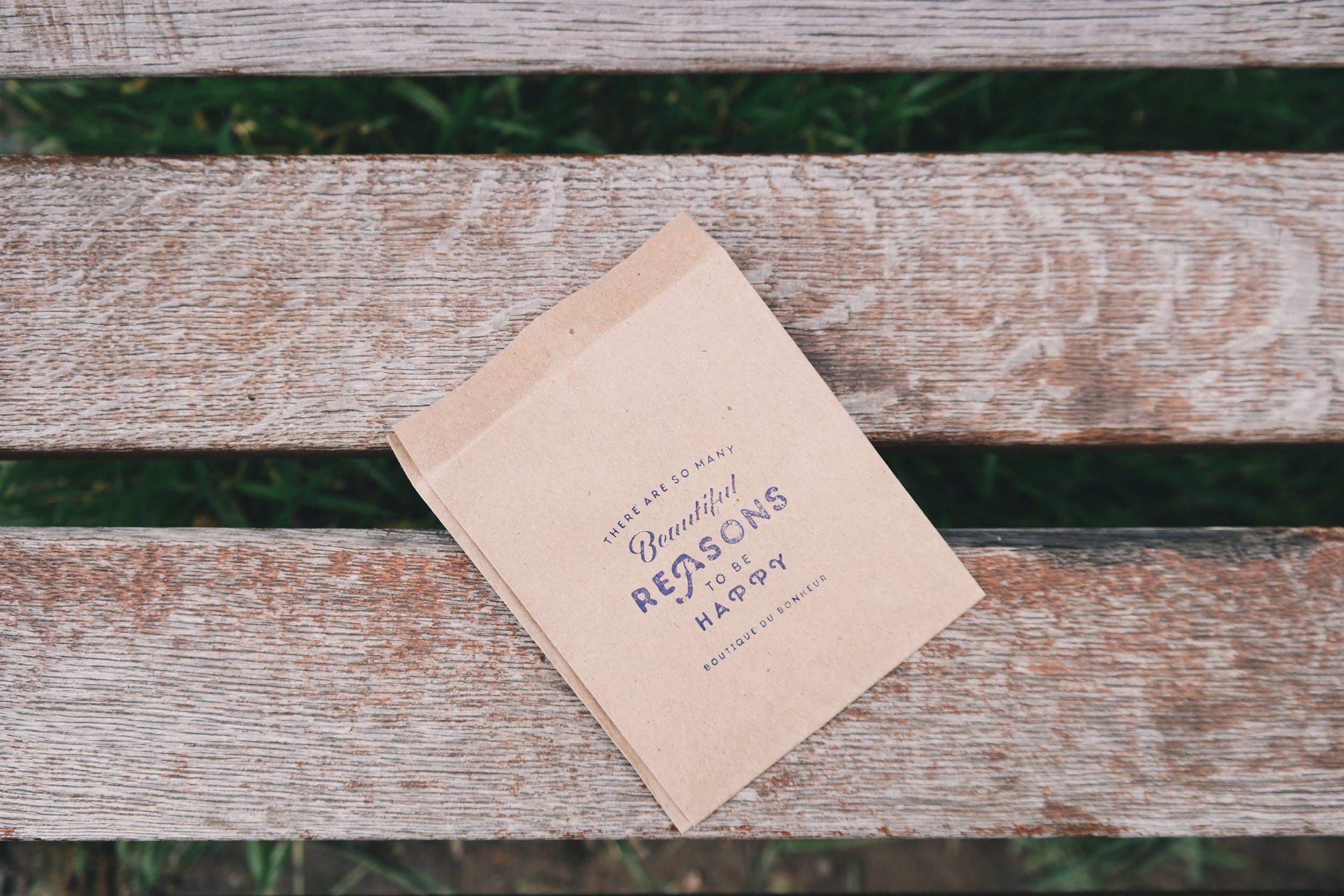 bench-1245994.jpg