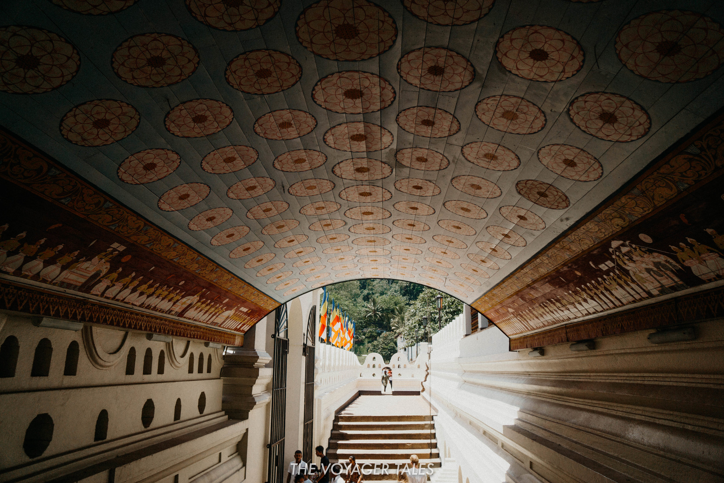 Temple of the Tooth Kandy.jpg