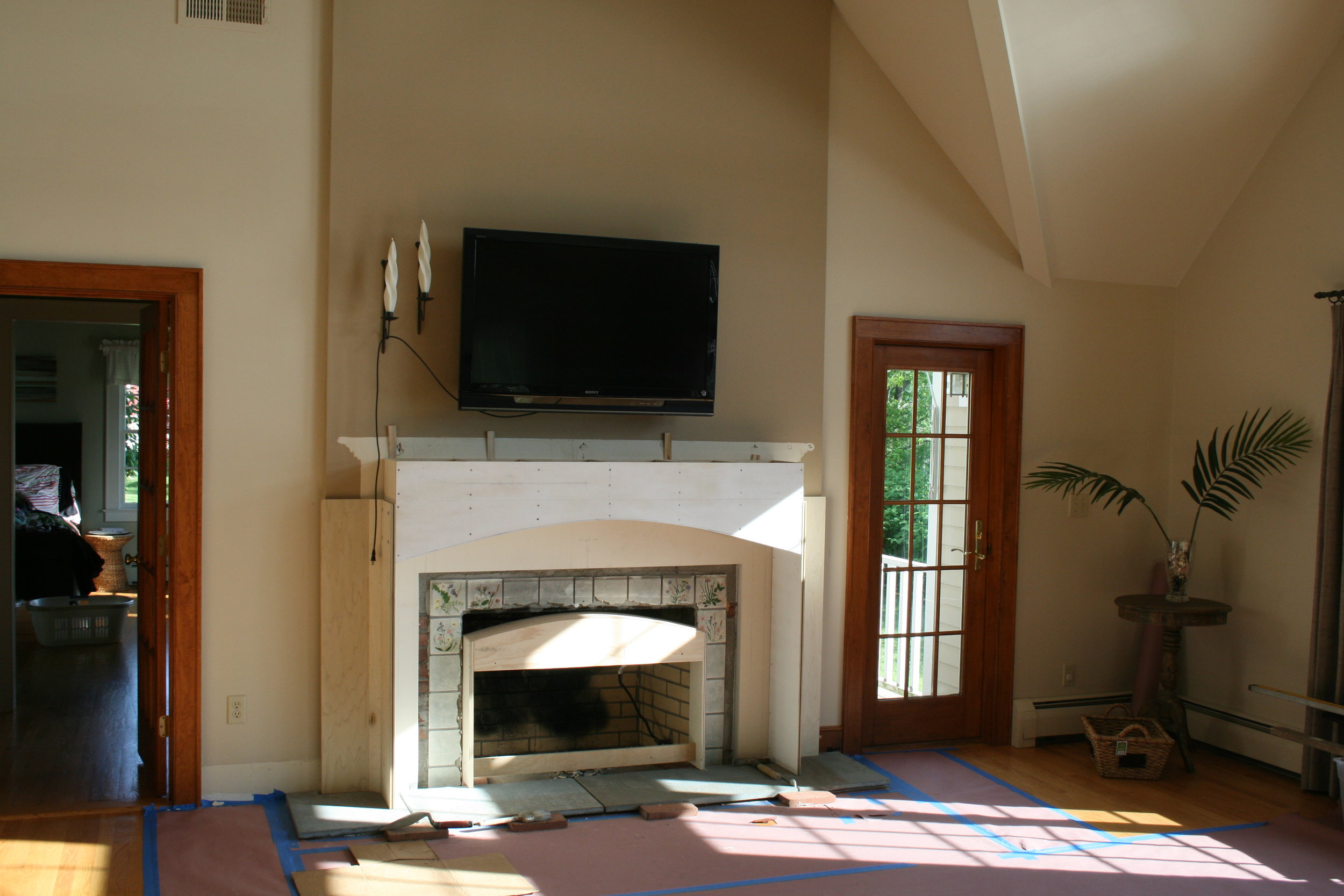 Fireplace Surround with Motorized Panel Lift 4.jpg