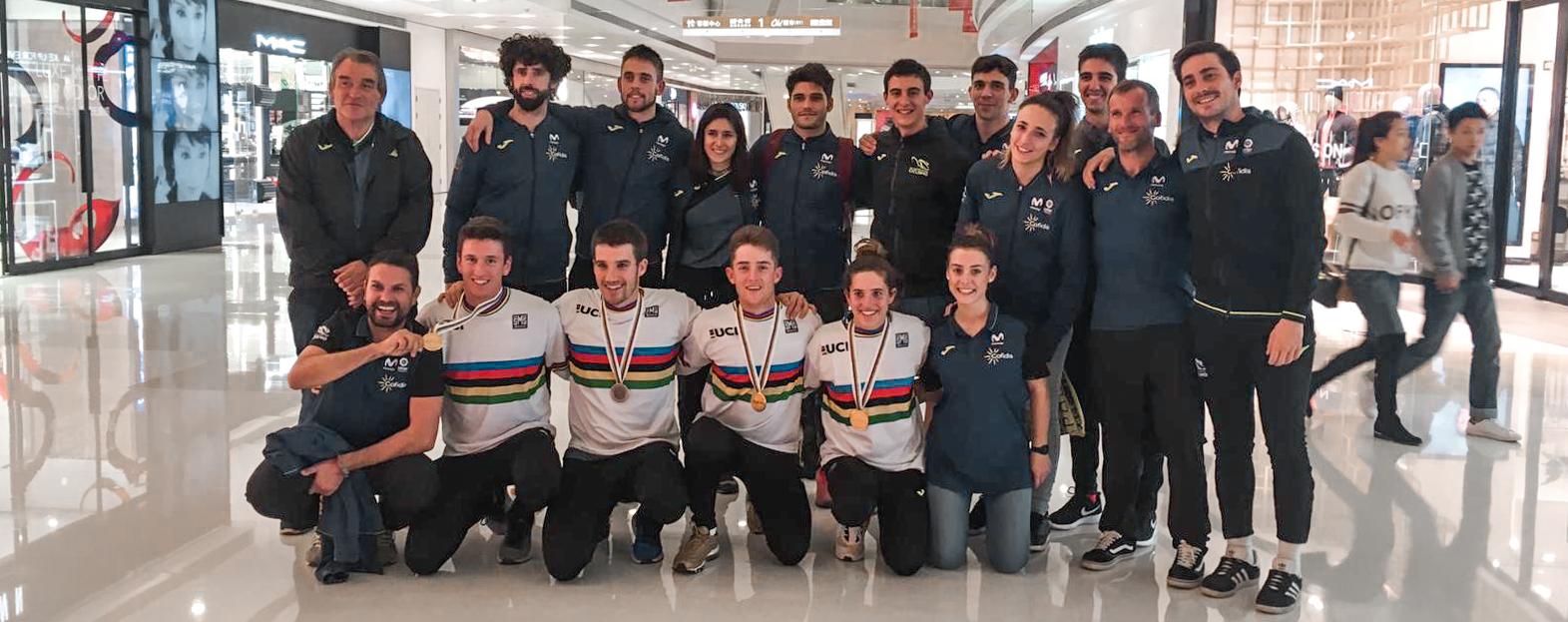 The whole Spanish Team (Trial, BMX and MTB Eliminator)