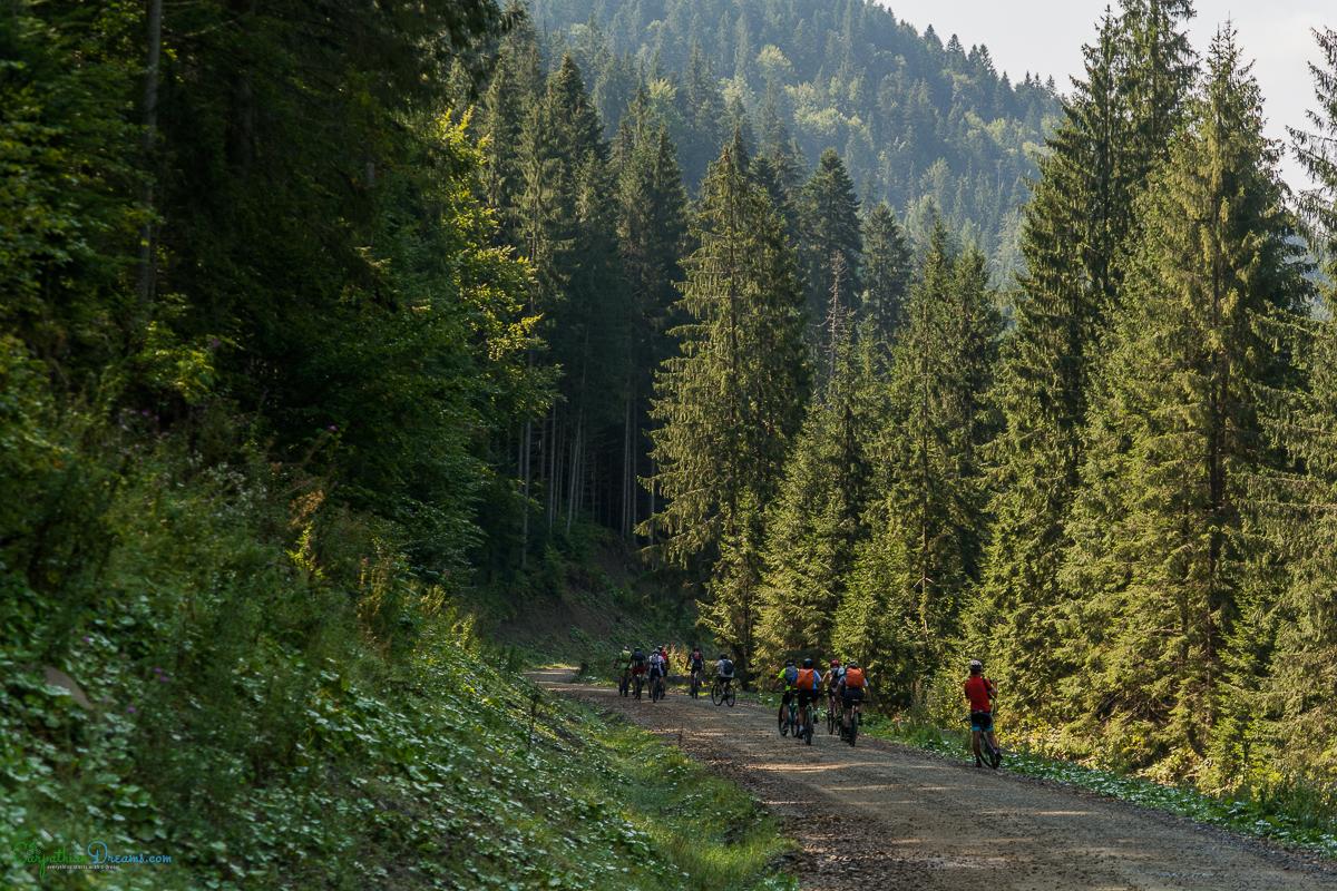 pol_tarres_blog_carpathian_dreams_bike_tour_2.jpg