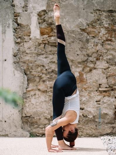 yoga lyon, lyon yoga, tiny yoga club, tiny yoga lyon, cours de yoga lyon, cours yoga lyon, yoga prénatal lyon