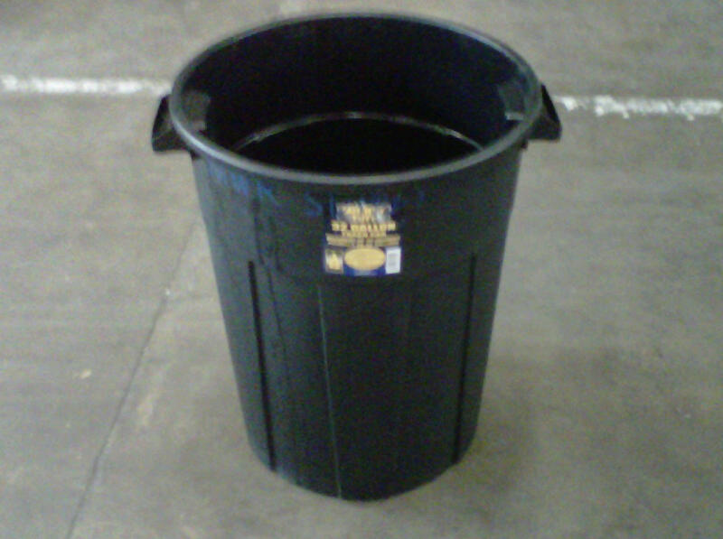 30 Gallon Trash Can