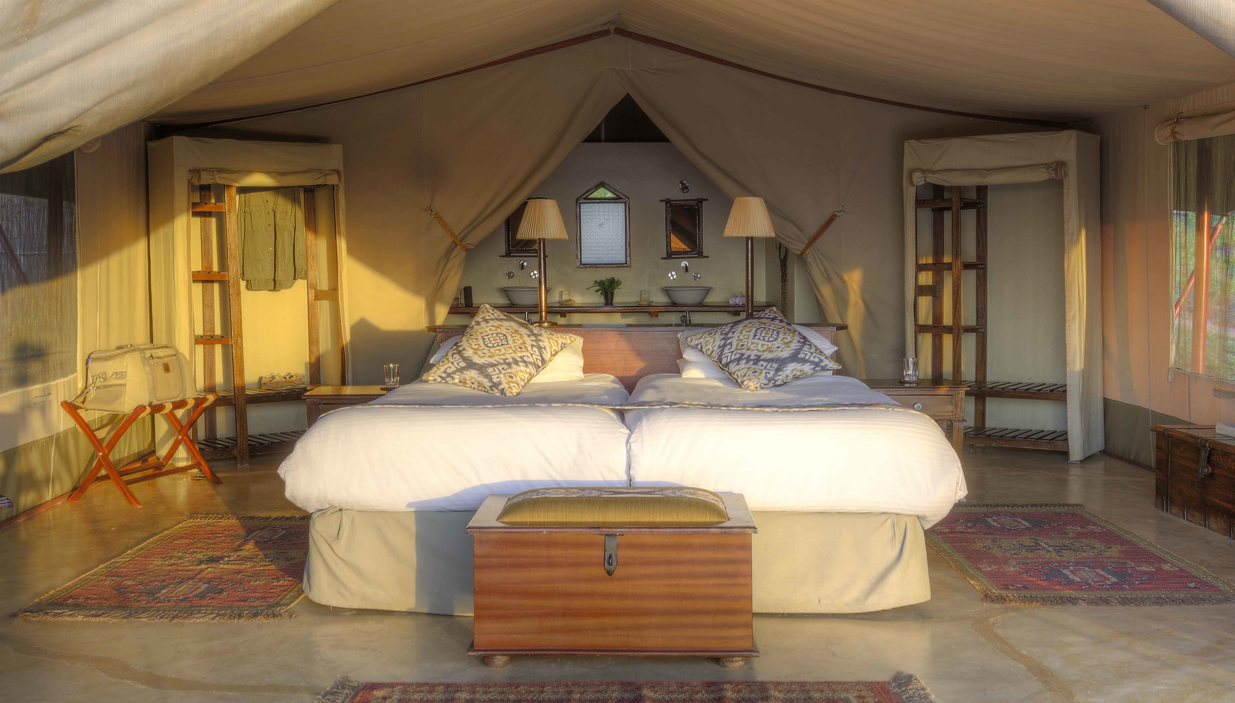 Entomoto Camp - Main Camp Double Tent _3.jpg