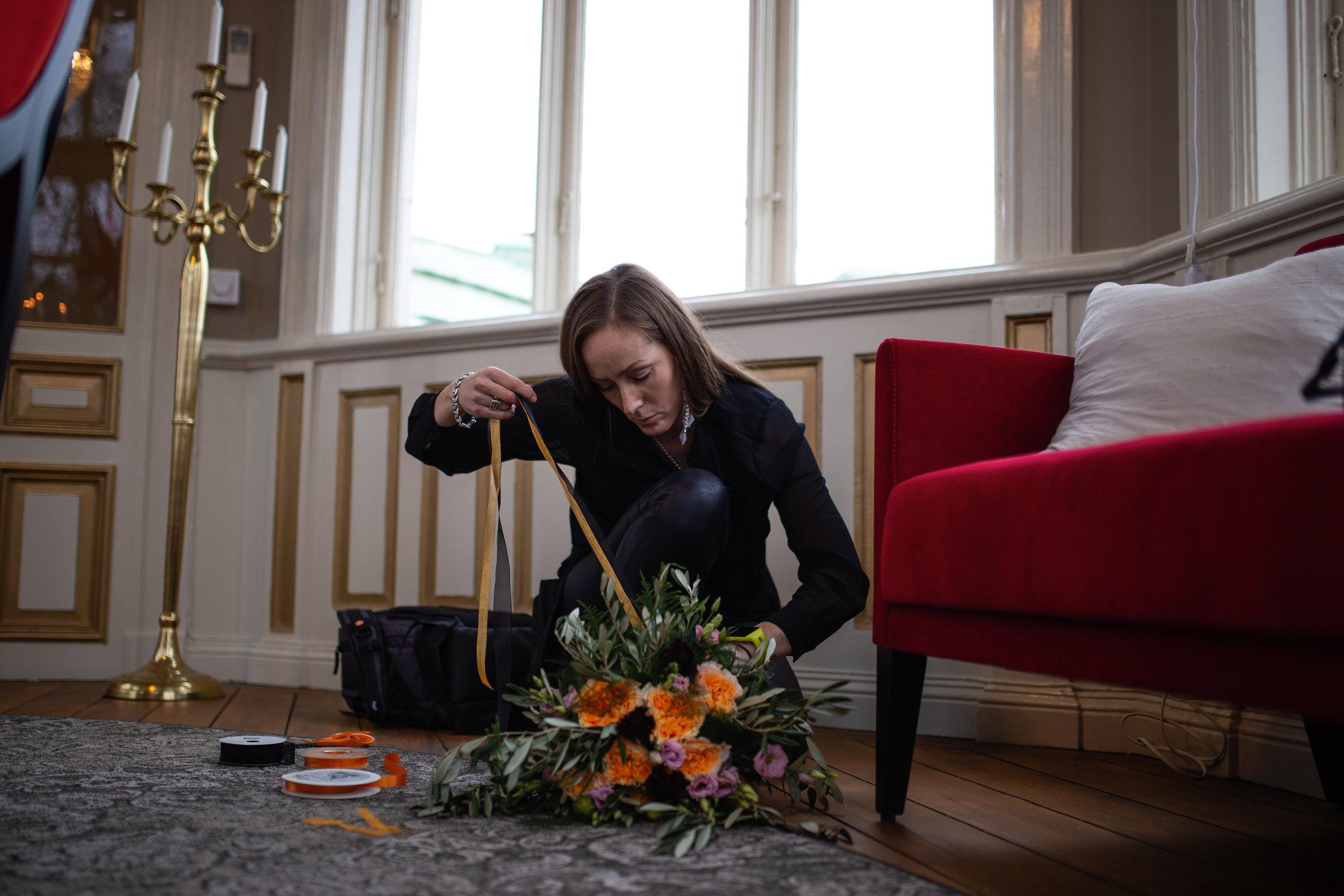 magnifico by jojjo - florist som utgår från Gävle. samarbete kring stylade fotograferingar, företagande med mera. rekommenderas för hennes engagemang, kreativa idéer och professionalitet.http://www.blomsterkassen.nu/