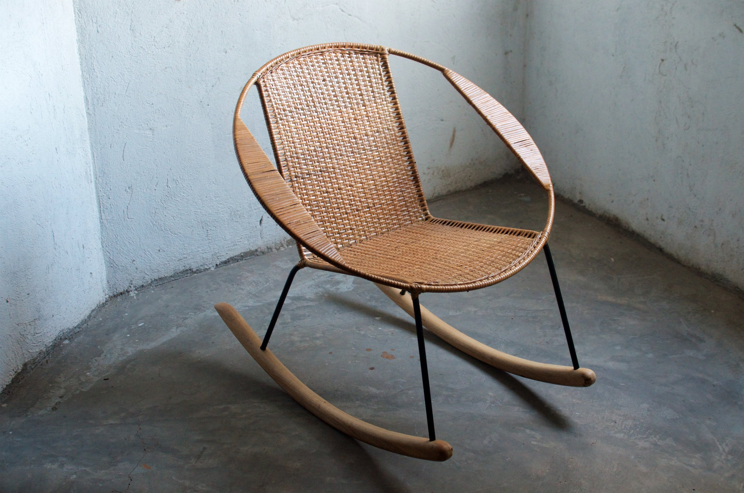 Tucurinca rocking chair, 495 euro.