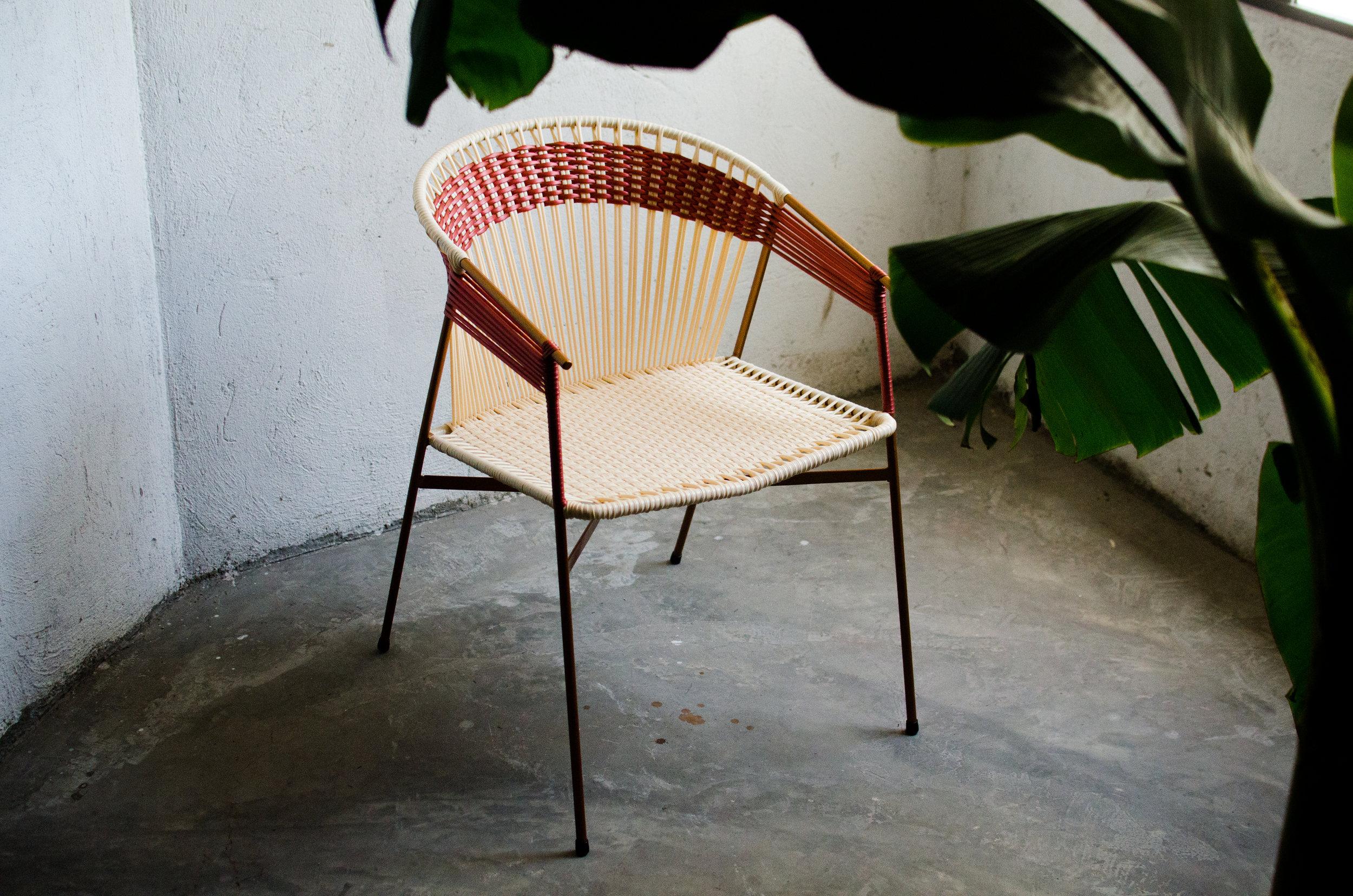 Maye chair, 445 euro.